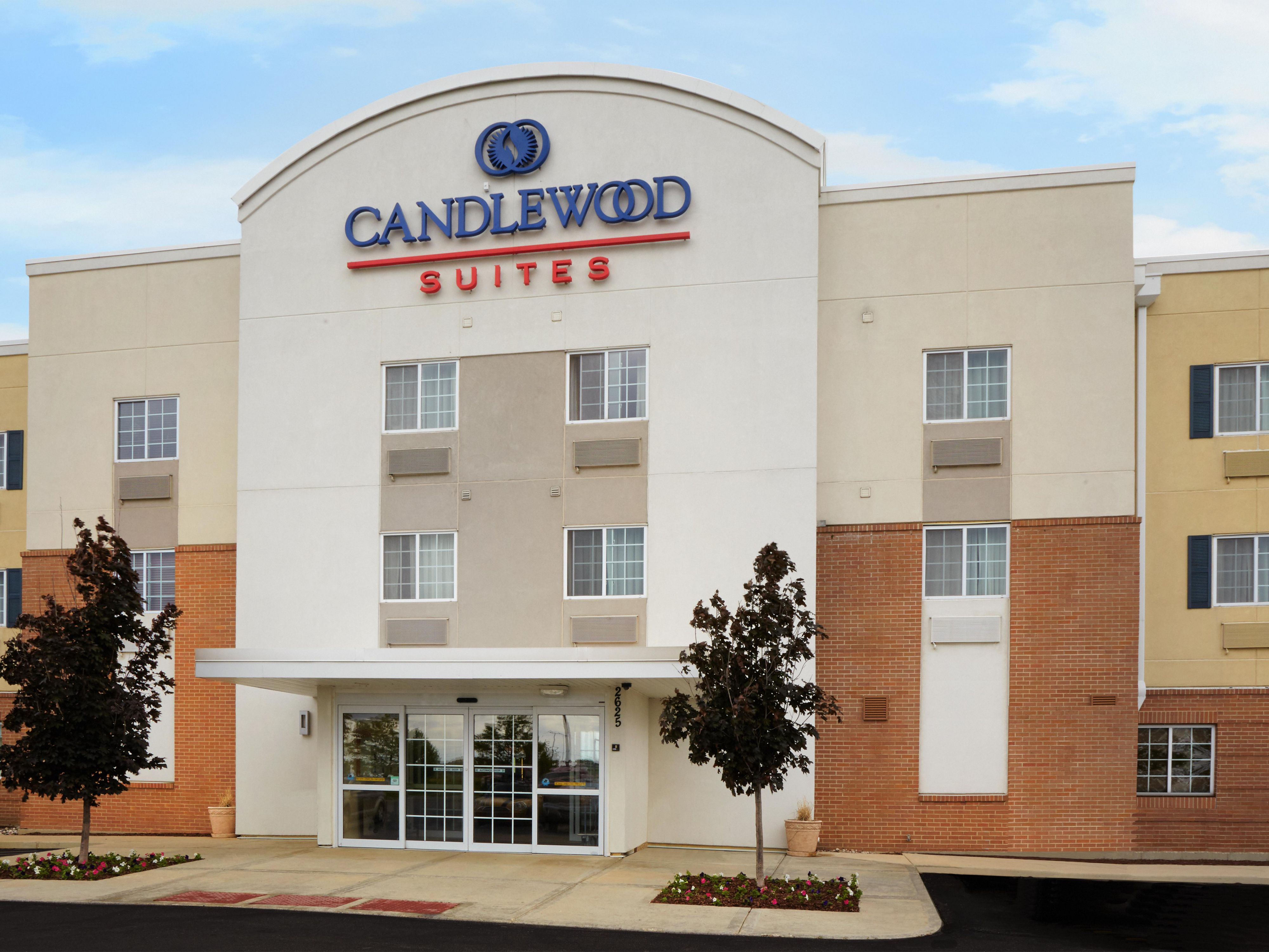 Aurora Hotels: Candlewood Suites Aurora-Naperville - Extended Stay ...