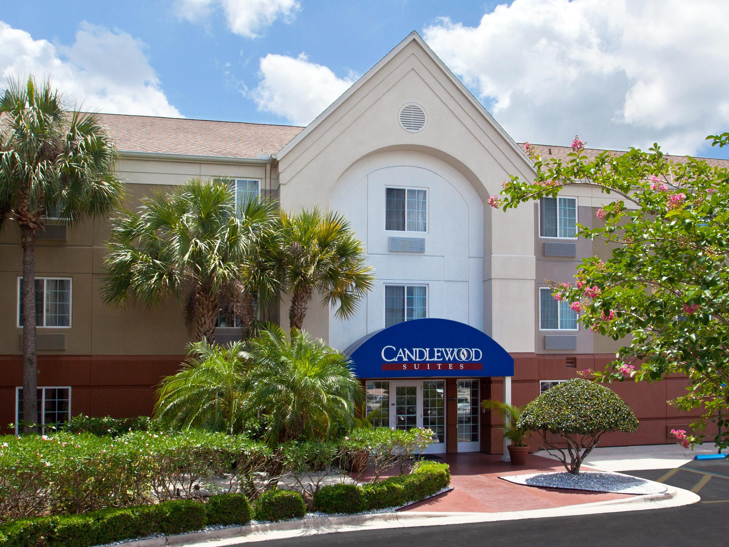 Extended Stay Hotels in Clearwater, FL - Candlewood Suites