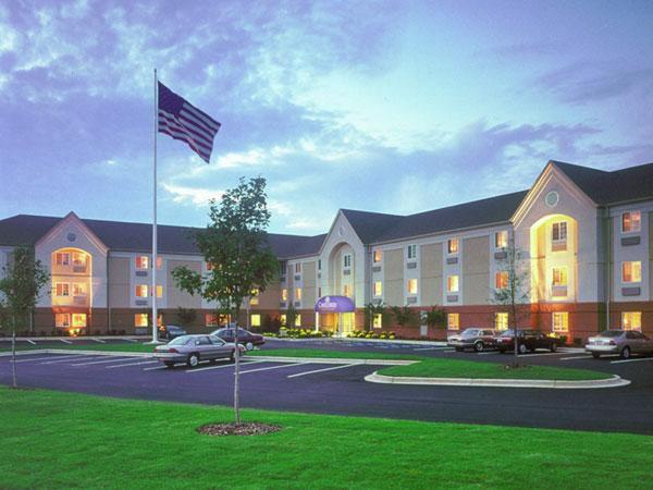 Mount Laurel Hotels