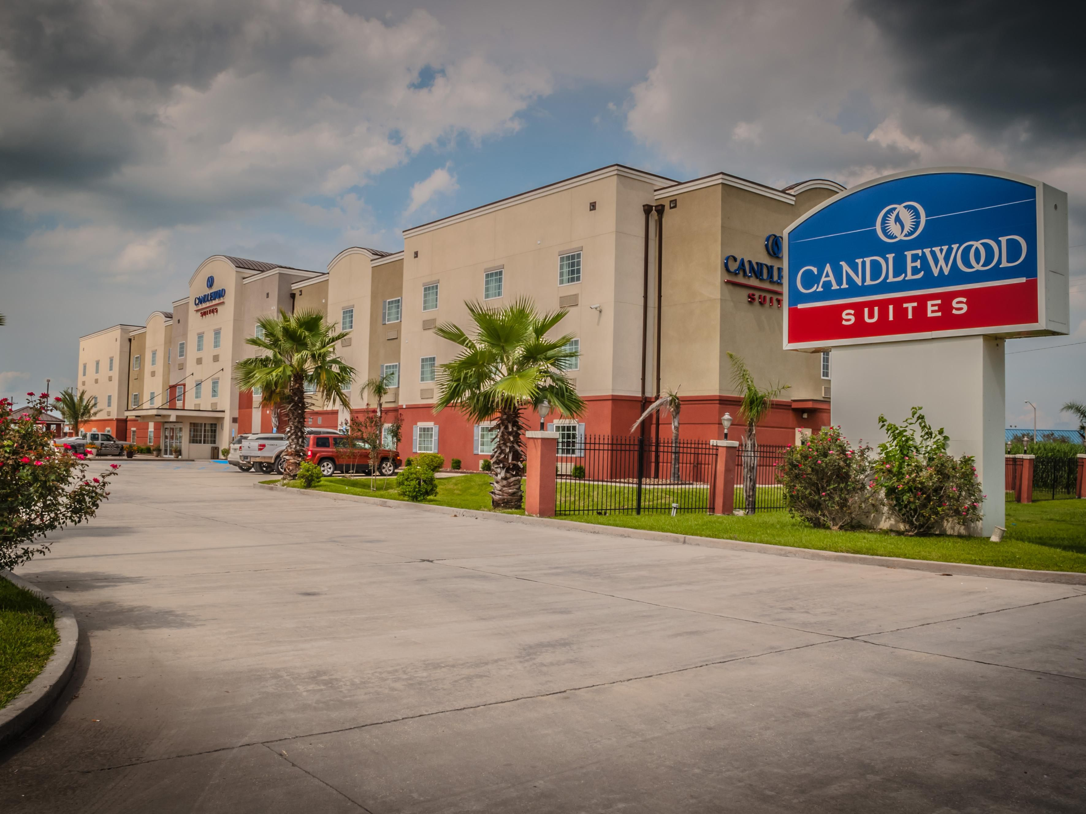 New Iberia Hotels Candlewood Suites New Iberia Extended Stay Hotel In New Iberia Louisiana