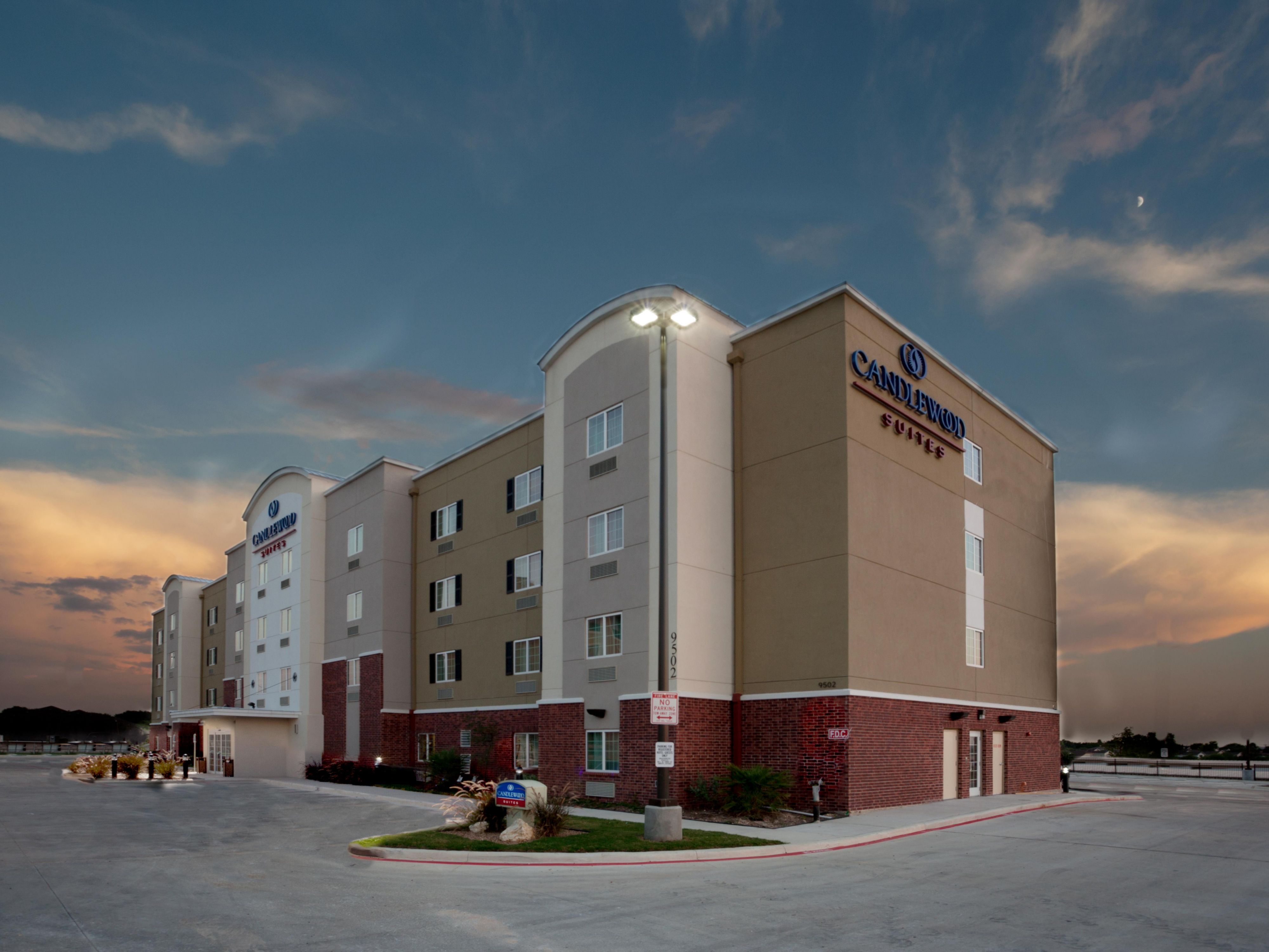 San Antonio Hotels Candlewood Suites Nw Near Seaworld Extended Stay Hotel In Texas