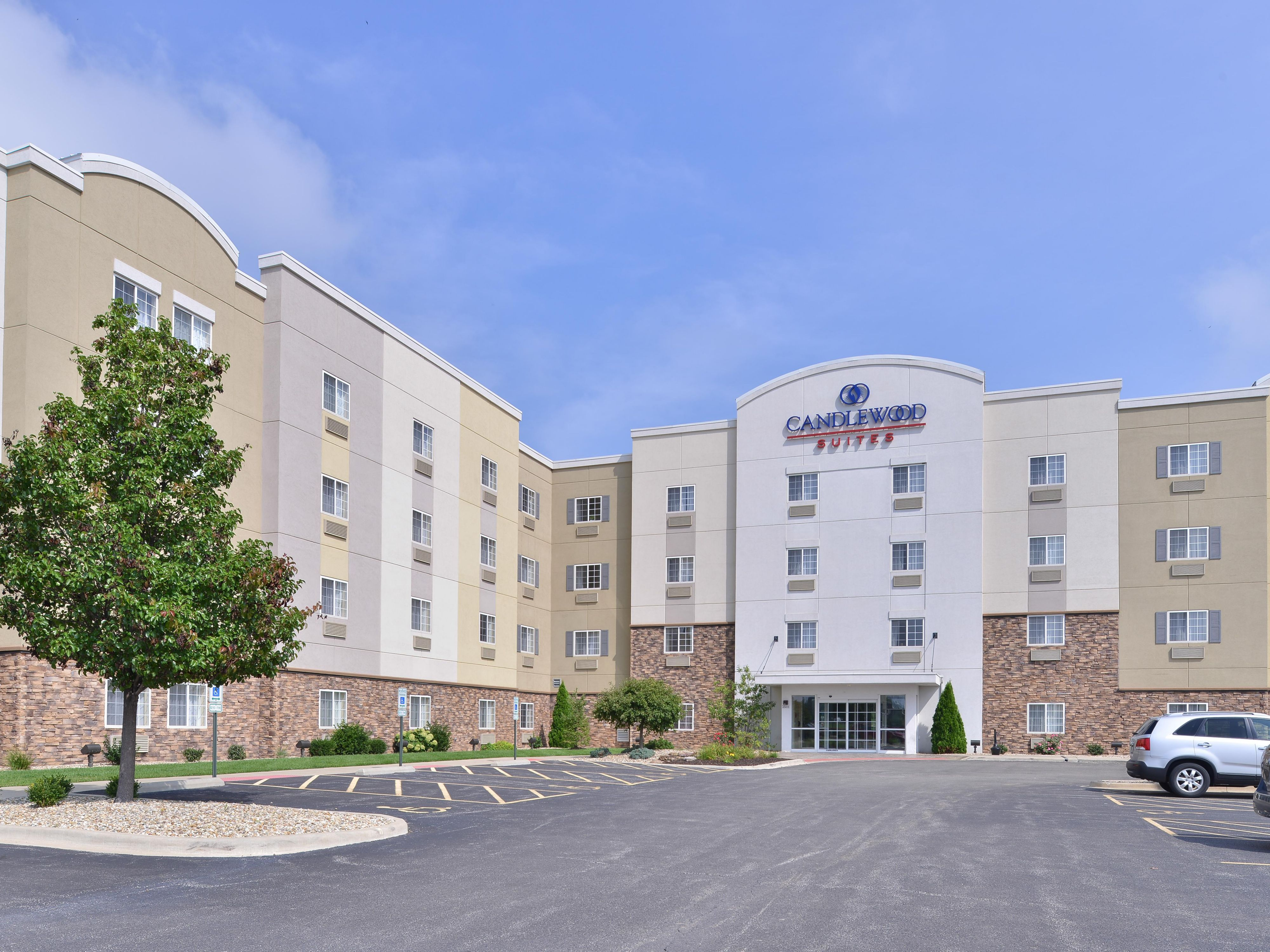 springfield hotels candlewood suites springfield extended stay hotel in springfield illinois - Hilton Garden Inn Springfield Il