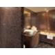 Salles de bain fantaisies des suites