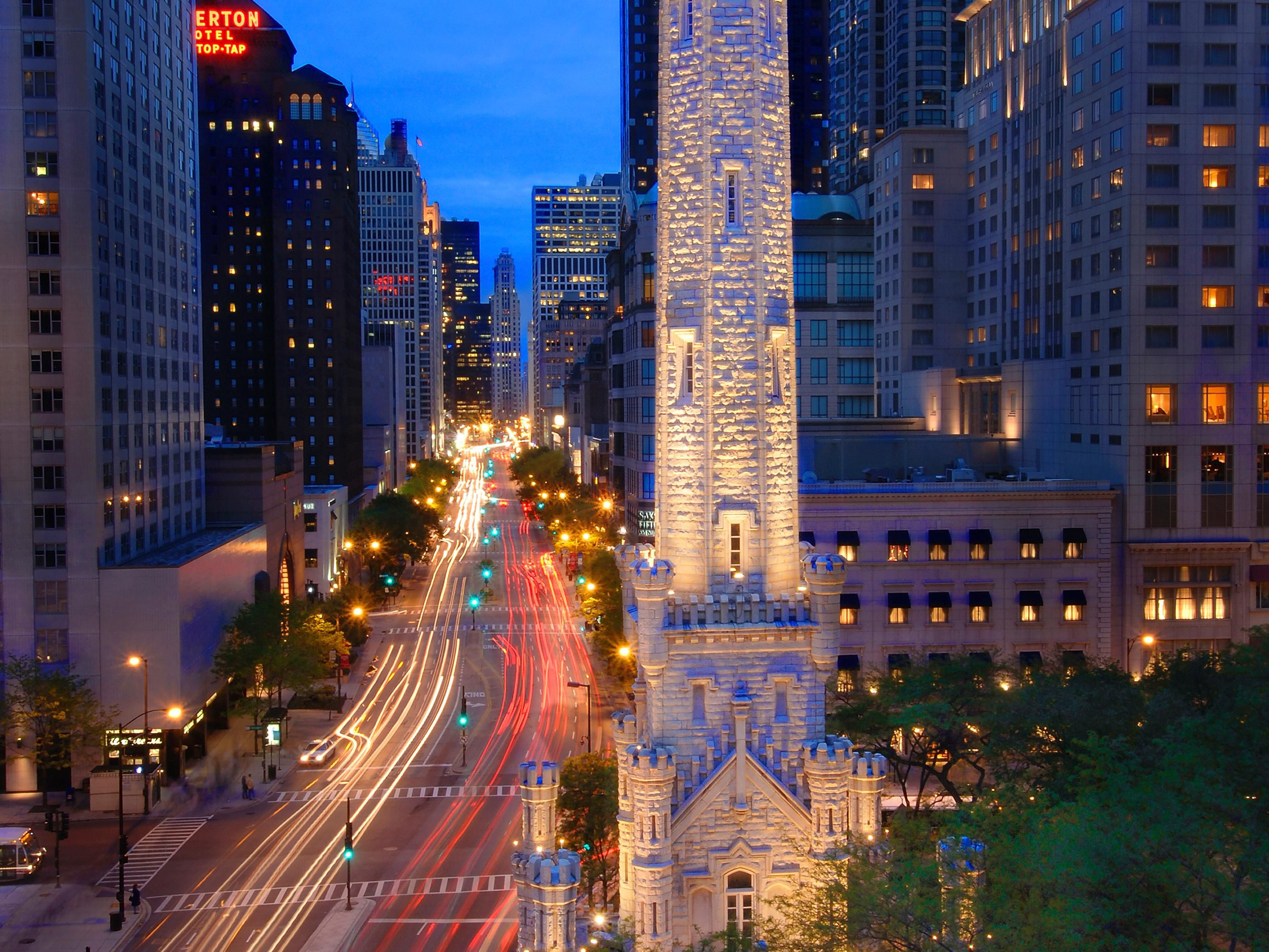 Avenue Crowne Plaza located off Michigan Avenue / Magnificent Mile