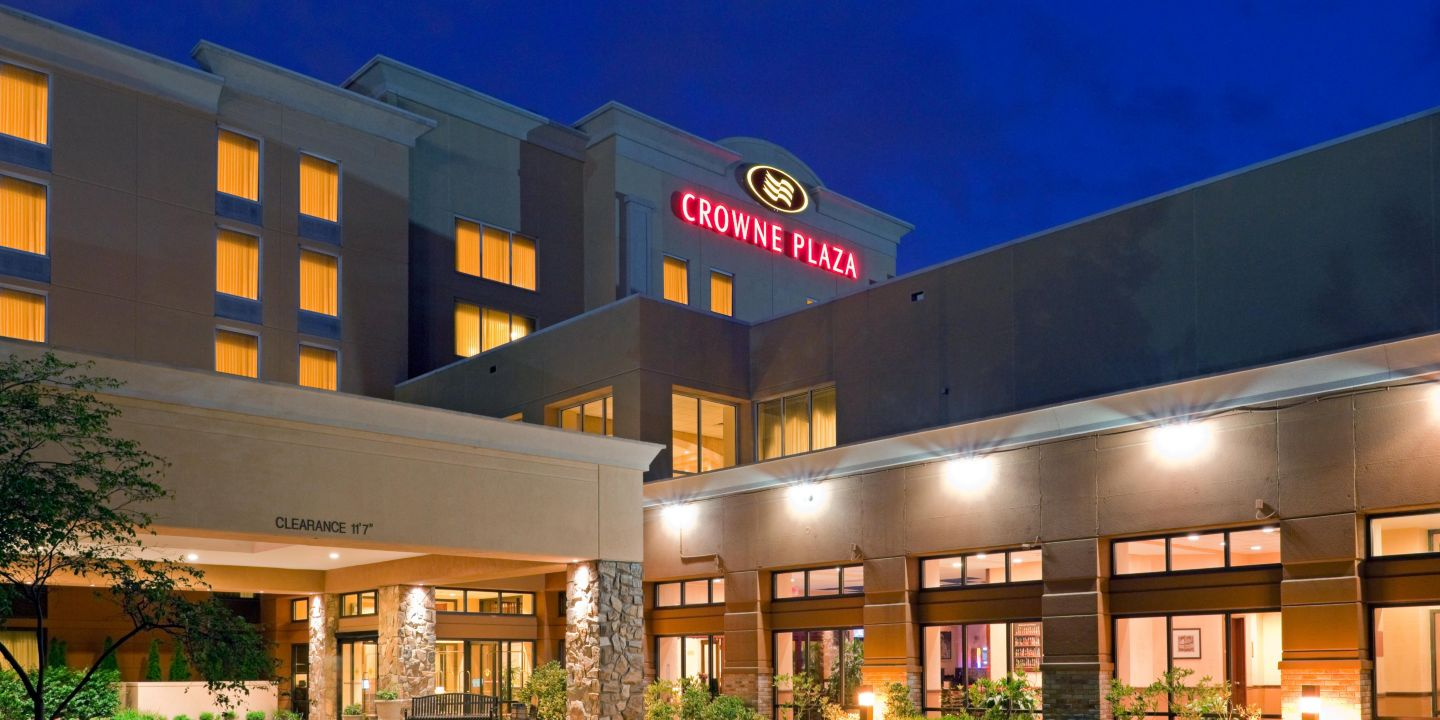 Crowne Plaza Hotel Bucks County