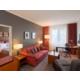 Junior Suite - geräumige Zweiraum-Suite mit Club Lounge Zugang