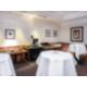 Foyer Rose Rooms, meeting break