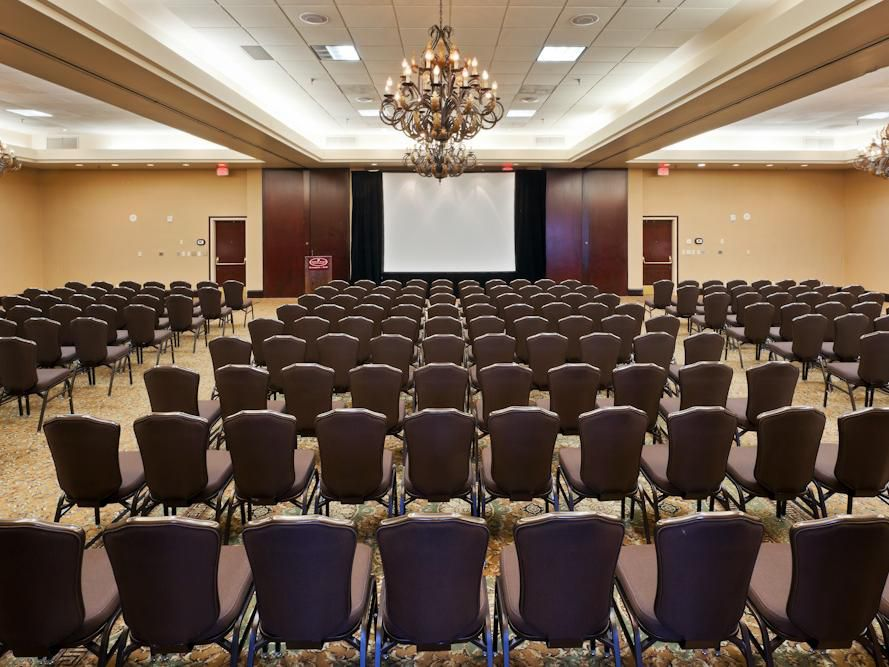 Crowne Plaza Miineapolis North Grand Ballroom Theater Style