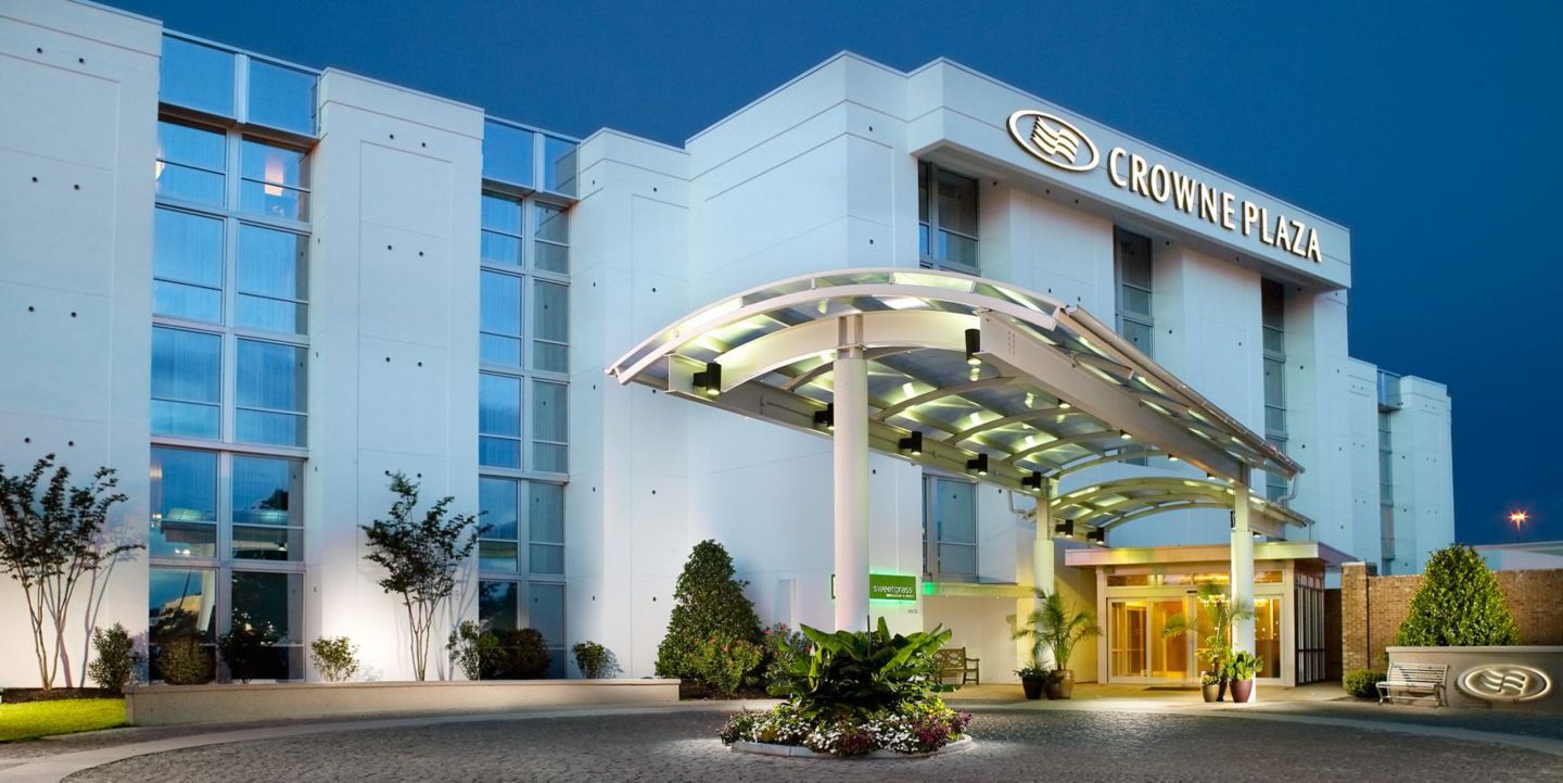 Crowne Plaza Chs Airport Hotel Near Charleston North Sc