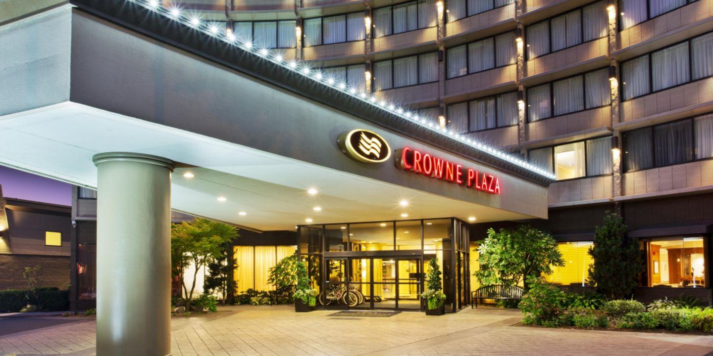 crowne plaza portland hotels portland downtown conv ctr. Black Bedroom Furniture Sets. Home Design Ideas