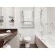 Crowne-Plaza-Reading-Standard-Room-Bathroom