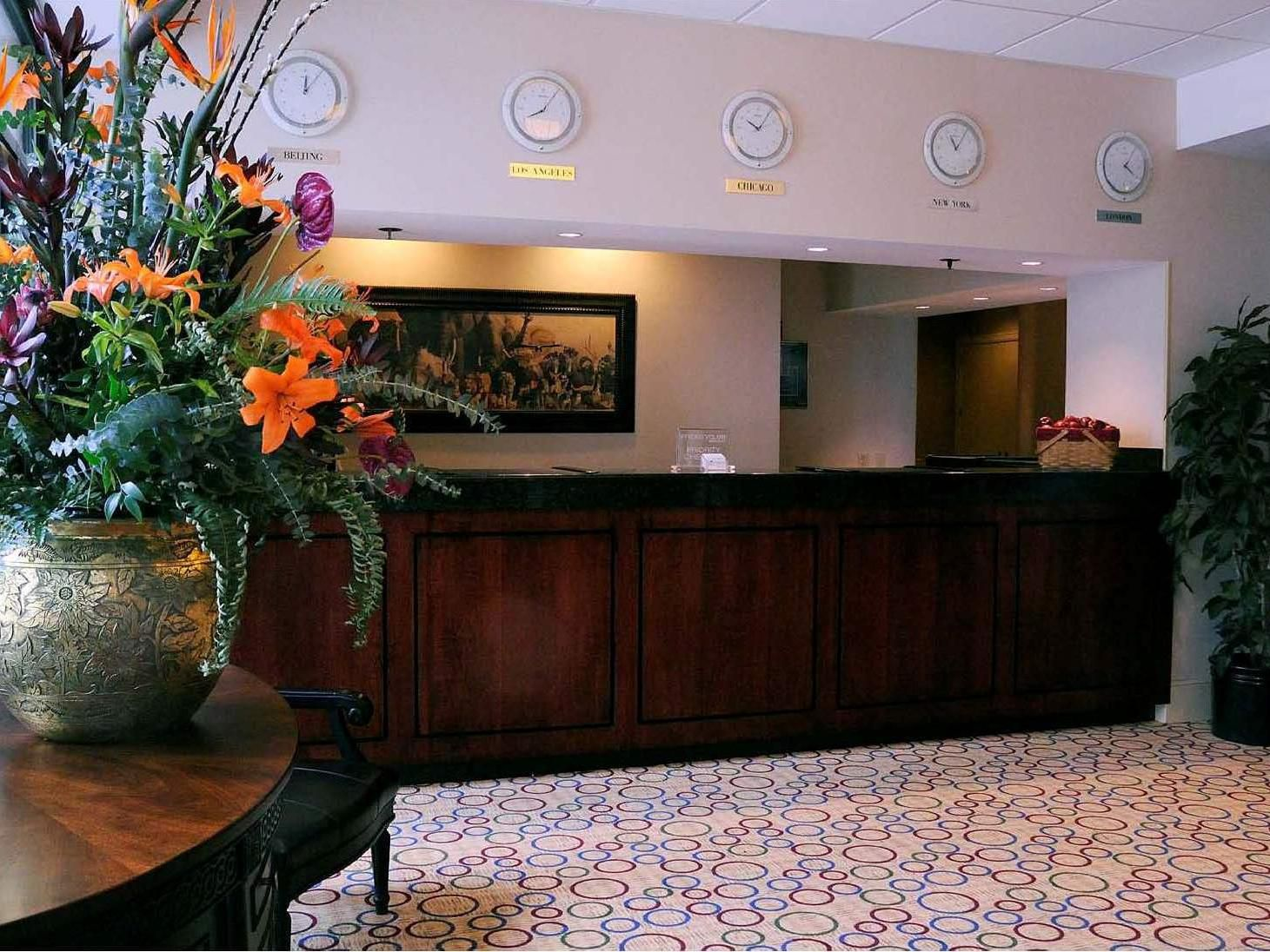 Crowne Plaza Baltimore Front Desk