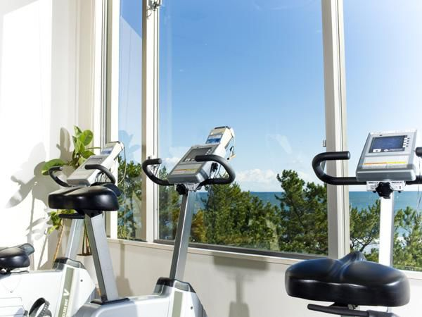 You can enjoy the ocean view while exercising at the gym.