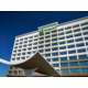 Welcome to the new Holiday Inn Alexandria at Carlyle!