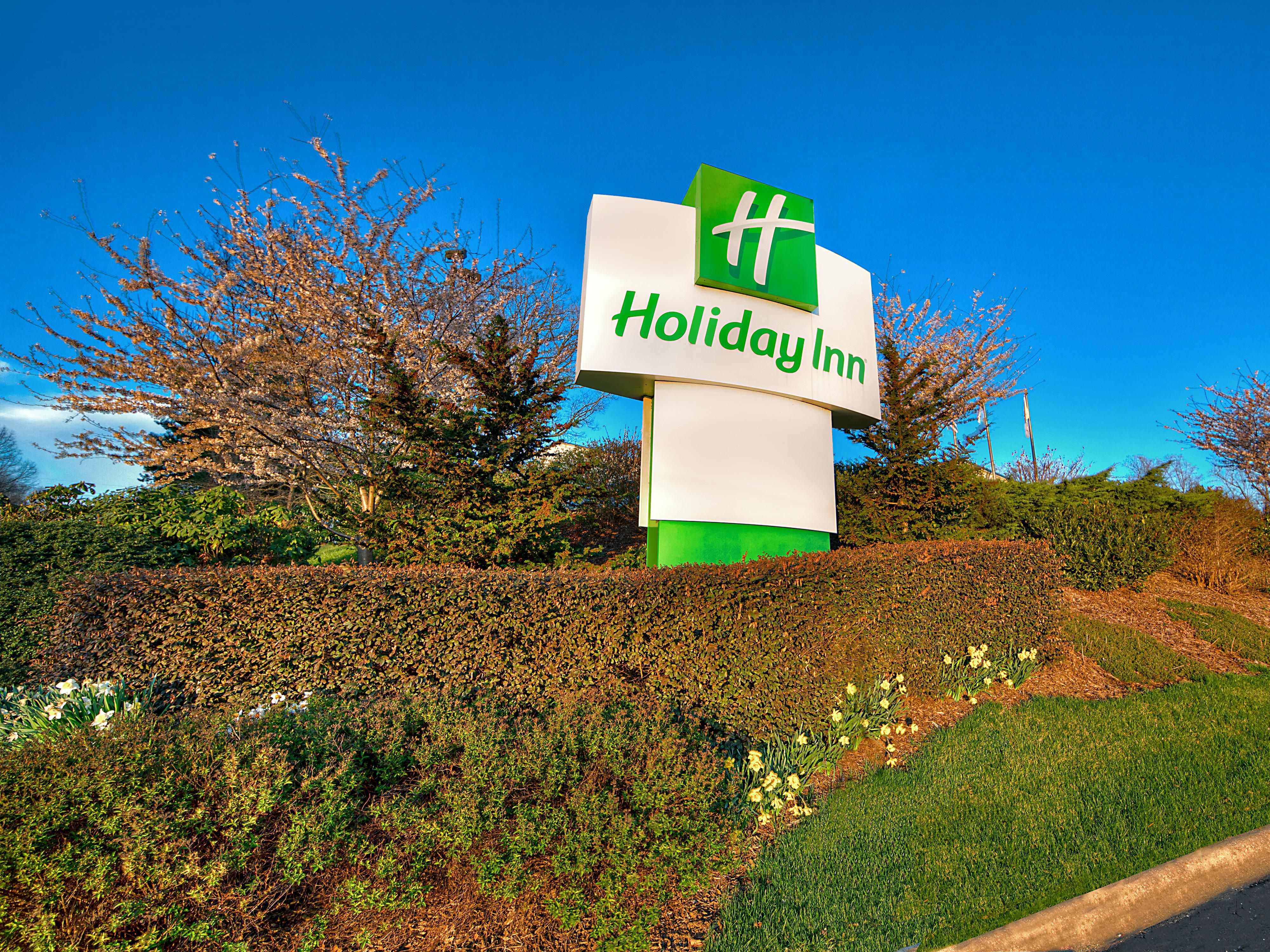 Welcome to Holiday Inn Asheville Biltmore West