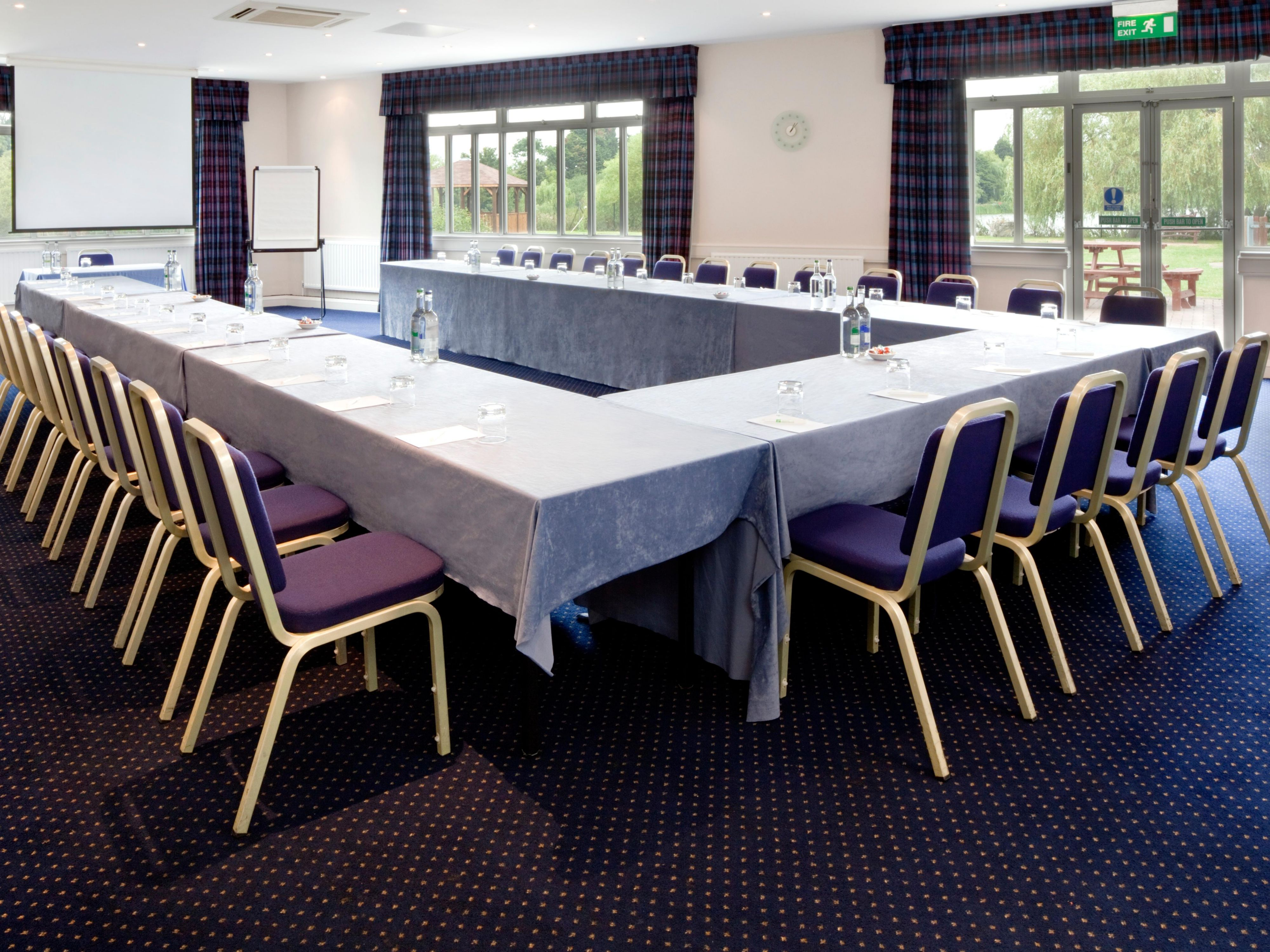 Our large boardrooms boast natural daylight and plently of space