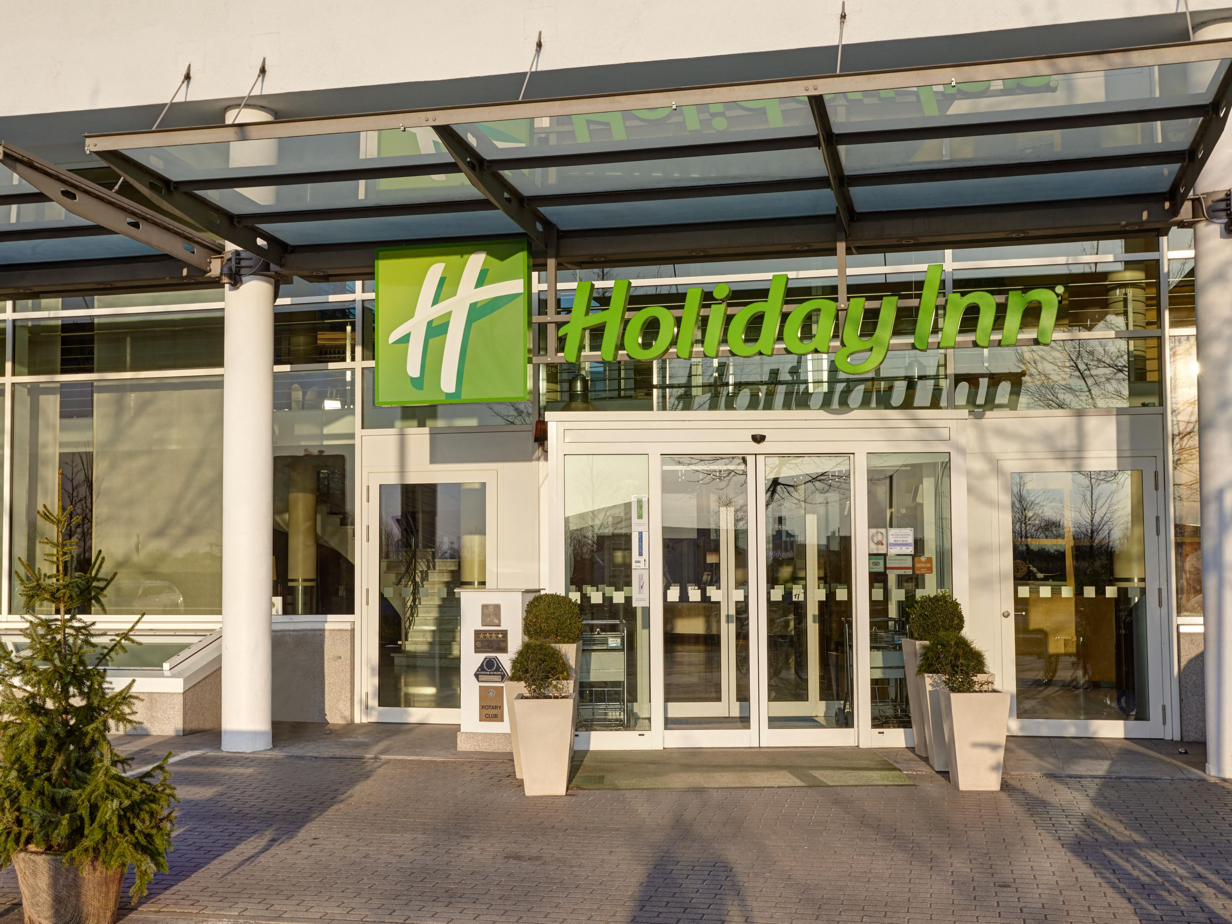 Welcome to Holiday Inn Berlin Airport