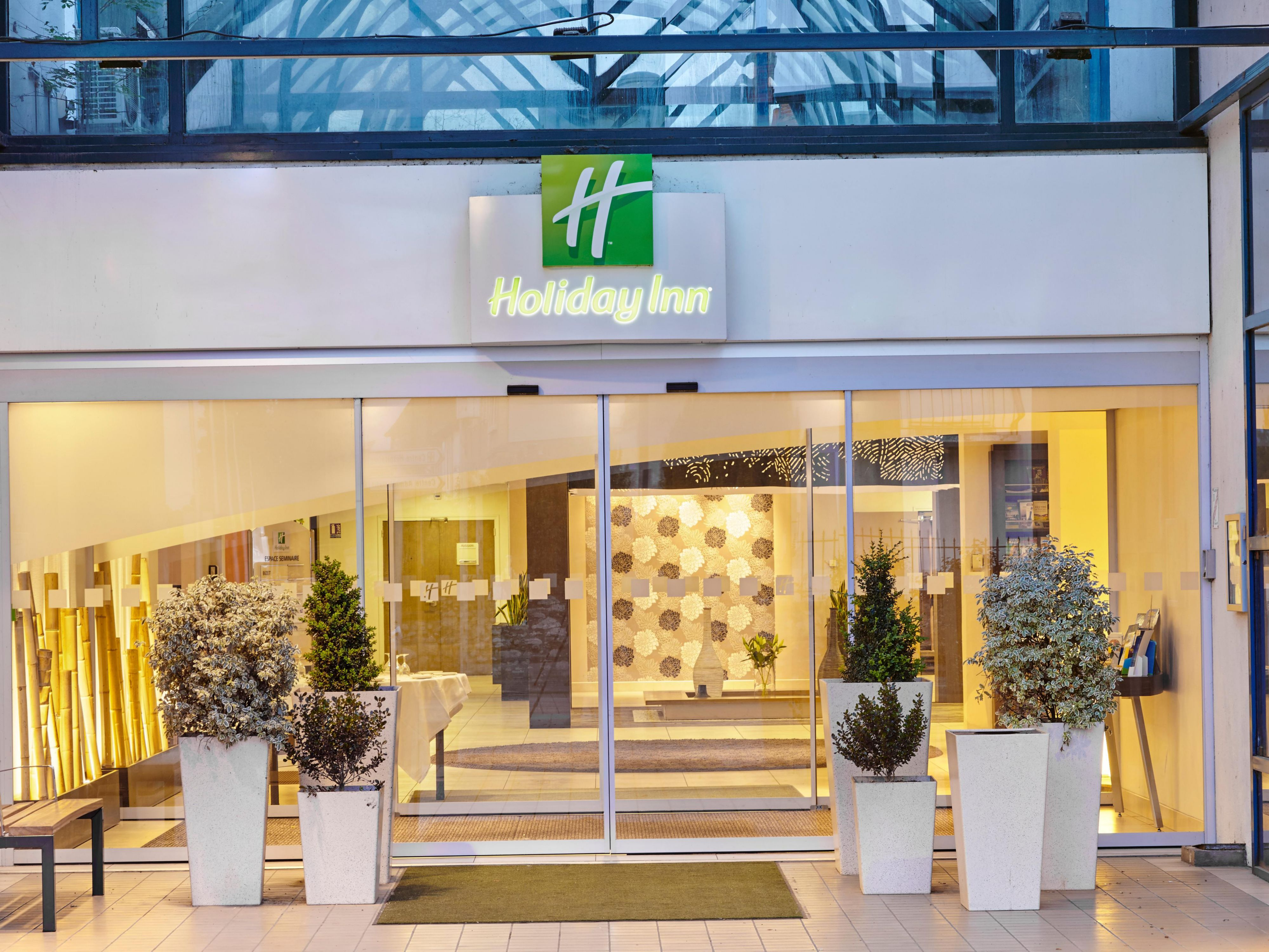 holiday inn hotel france: