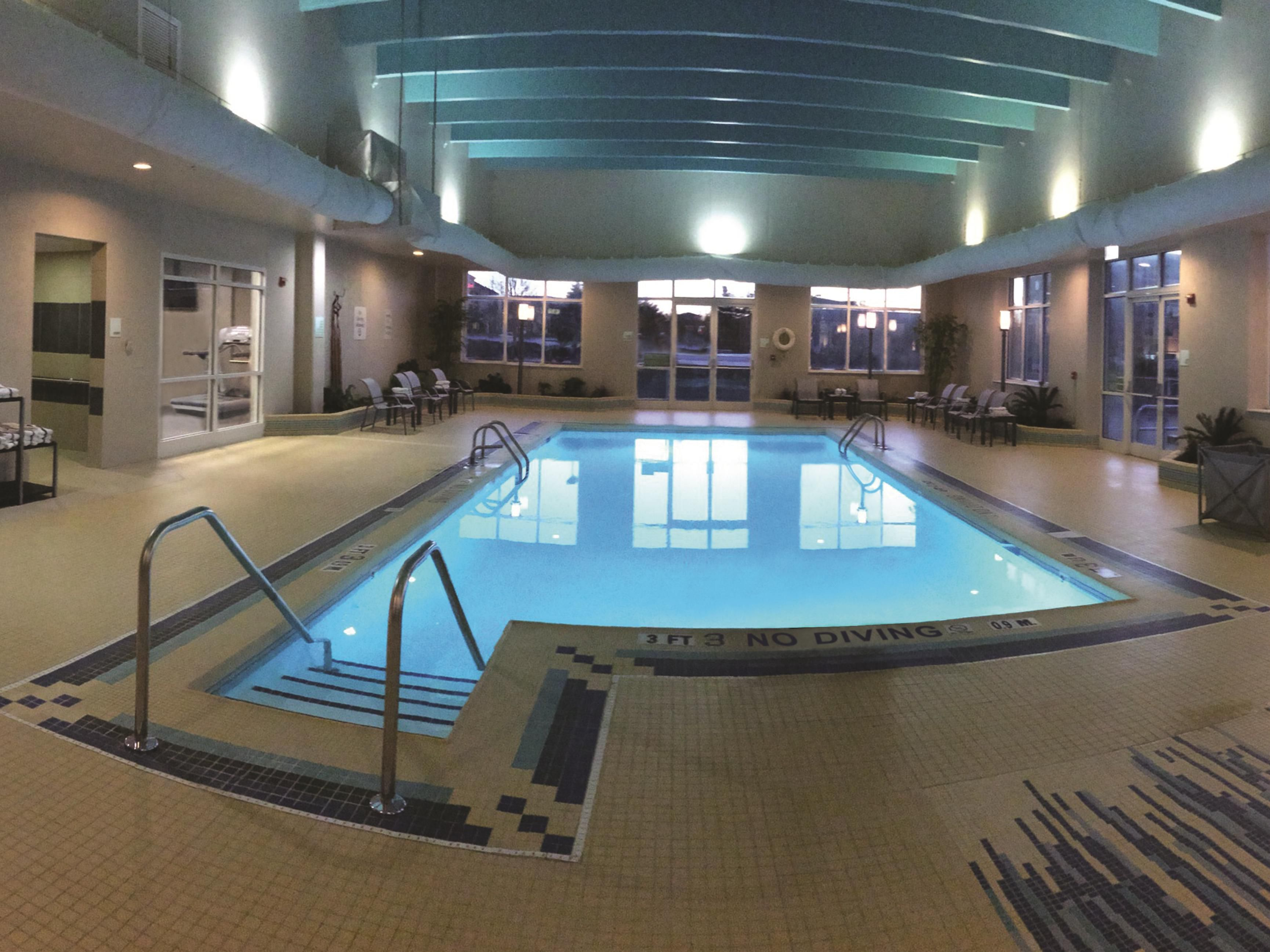 Indoor Pool at the Holiday Inn- Bowling Green