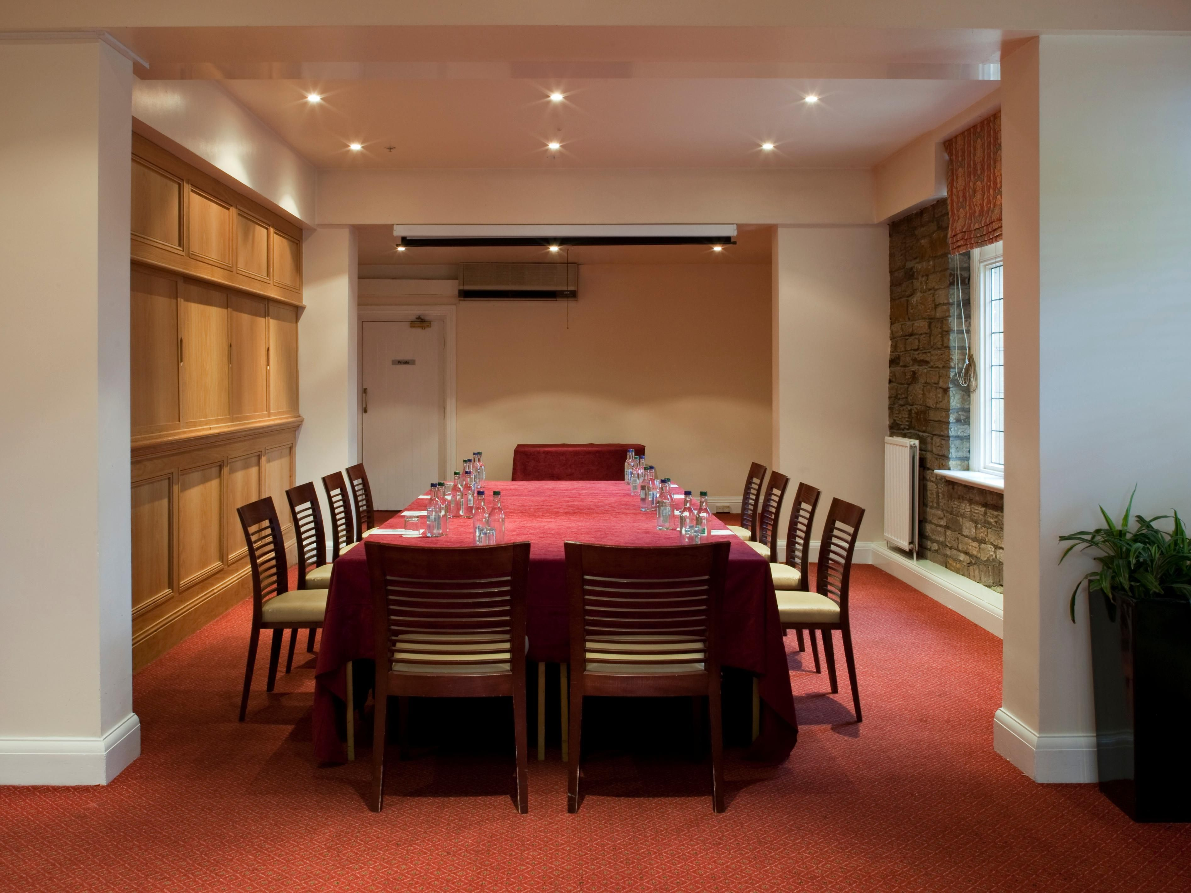 Meeting Room / Private Dining