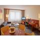 Suite-living room