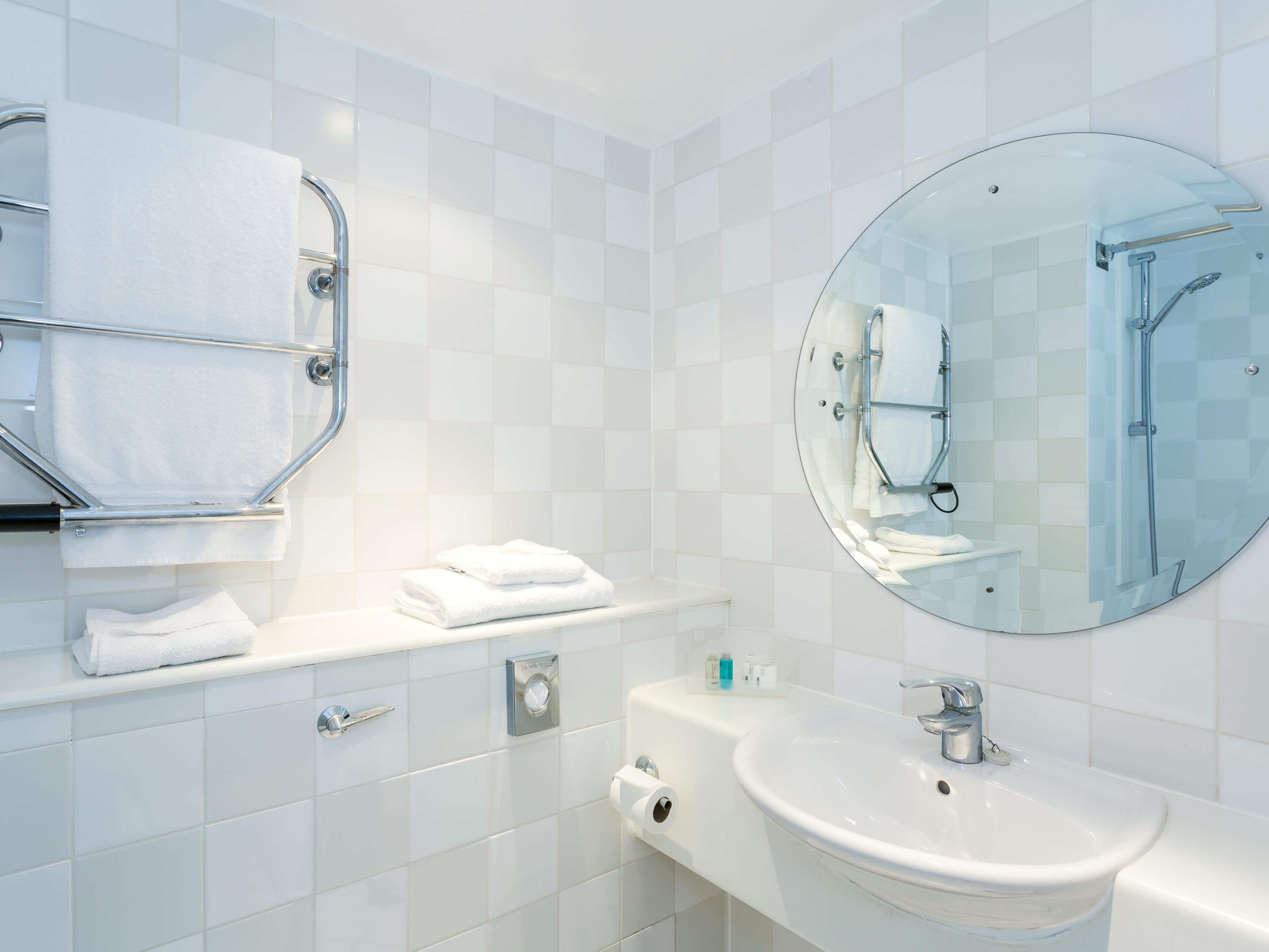 Inviting Standard Guest Bath