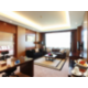1 King Bed Mayor Suite