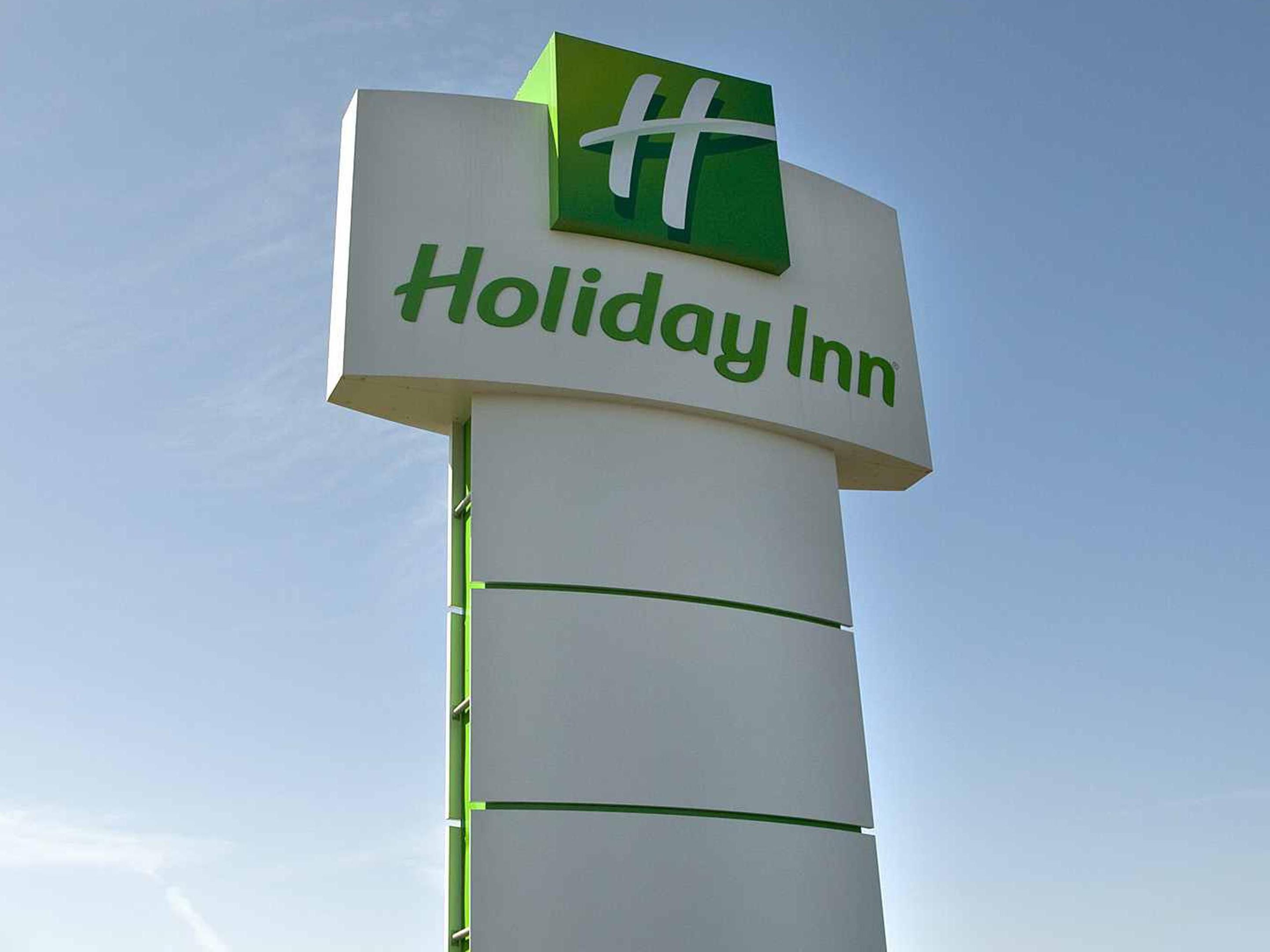 Holiday Inn Buffalo Airport located on Genesee Street