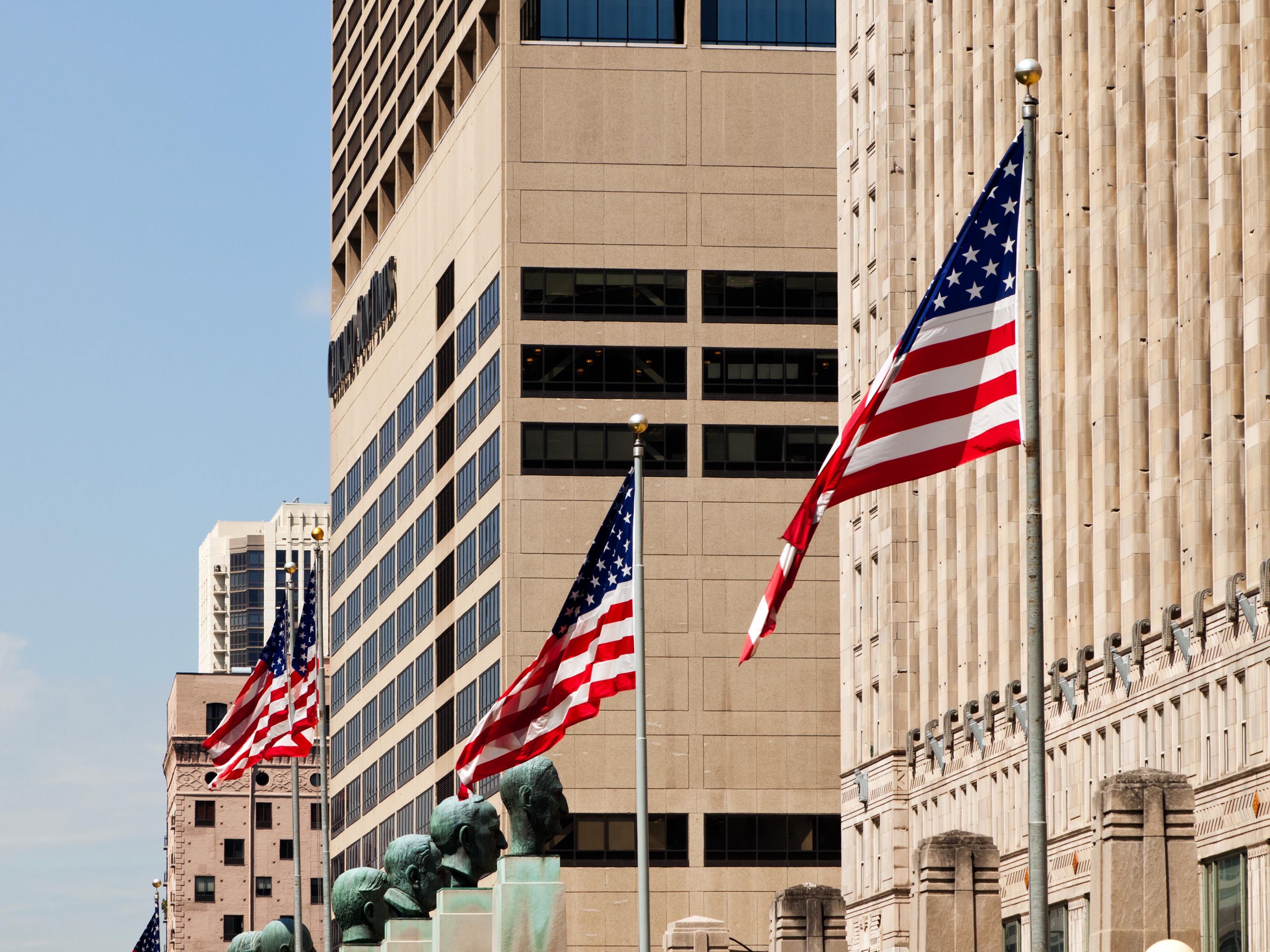 The Holiday Inn Mart Plaza is Located Next to the Merchandise Mart