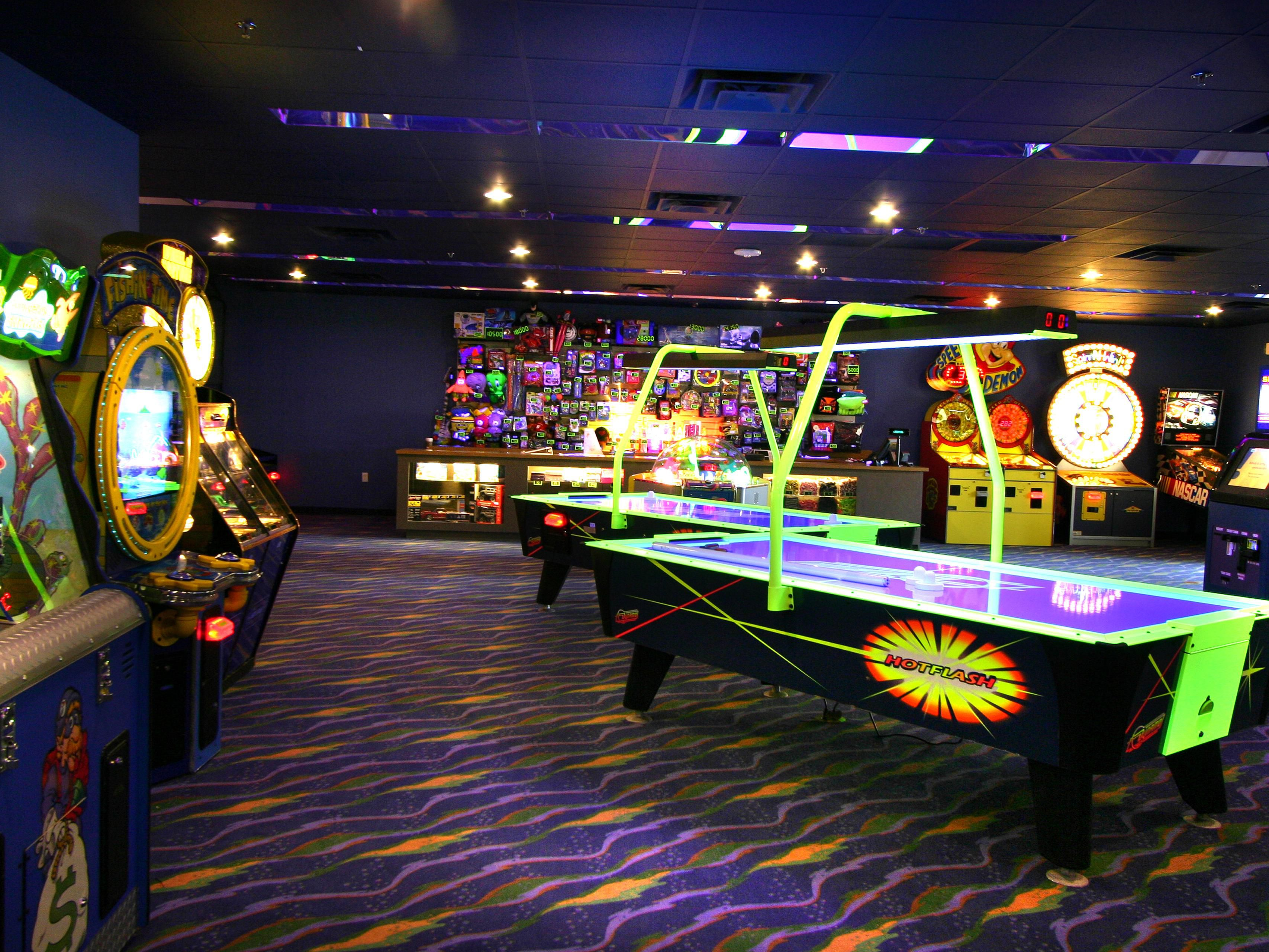 Play arcades at Treasure Cove in River Island