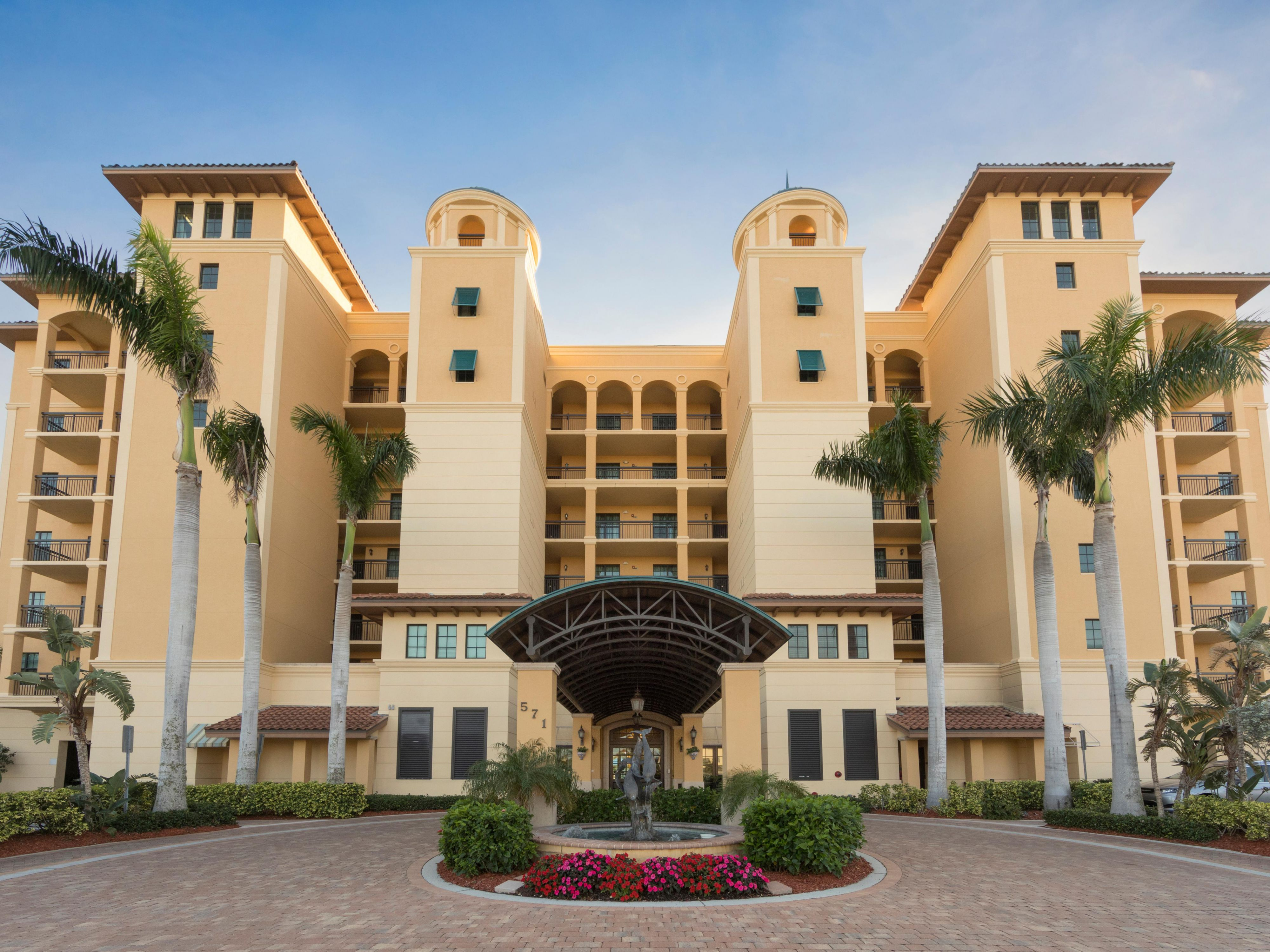 Holiday Inn Club Vacations Sunset Cove Resort Hotel by IHG