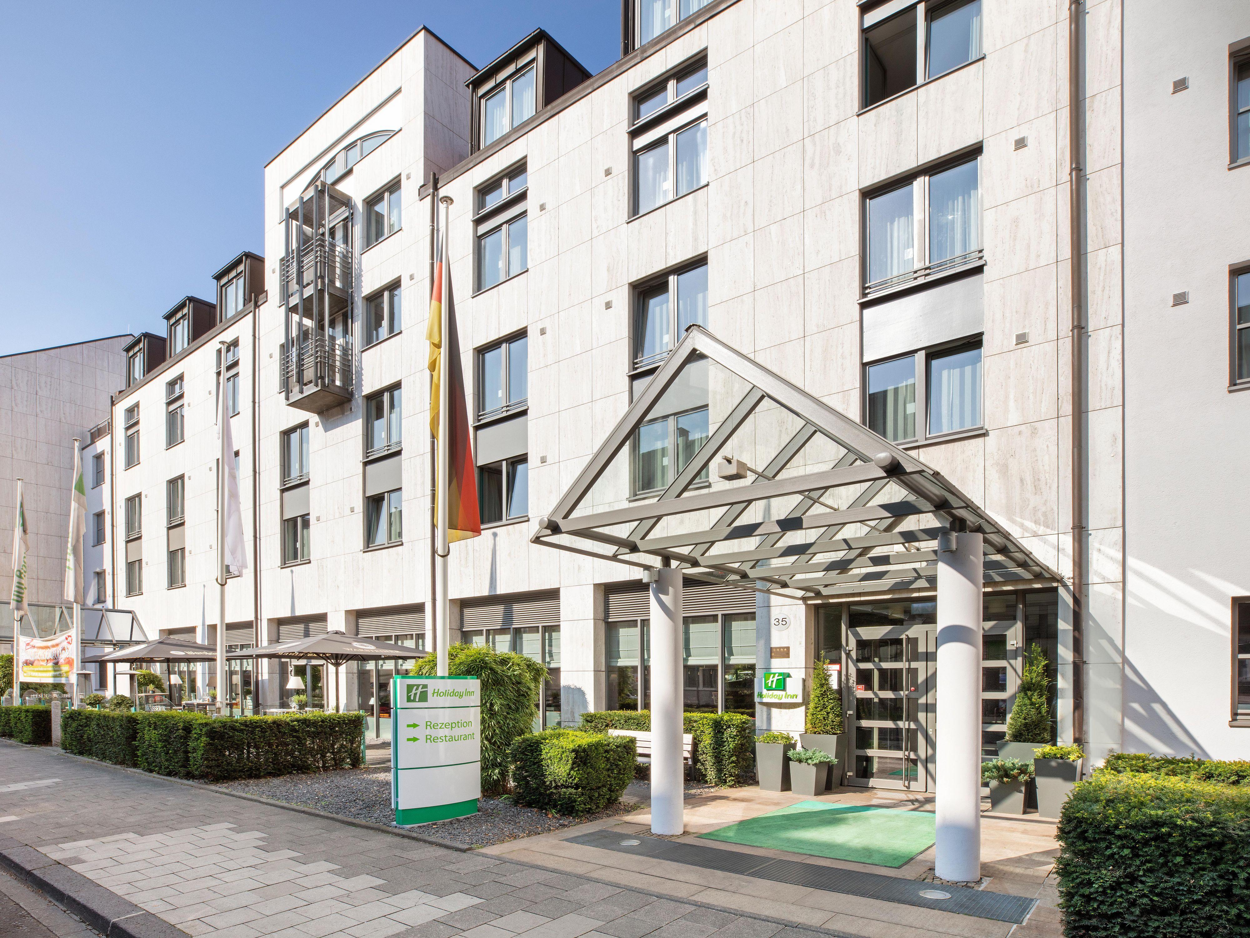 Hotels In Dusseldorf Hafen Holiday Inn Dusseldorf Hafen