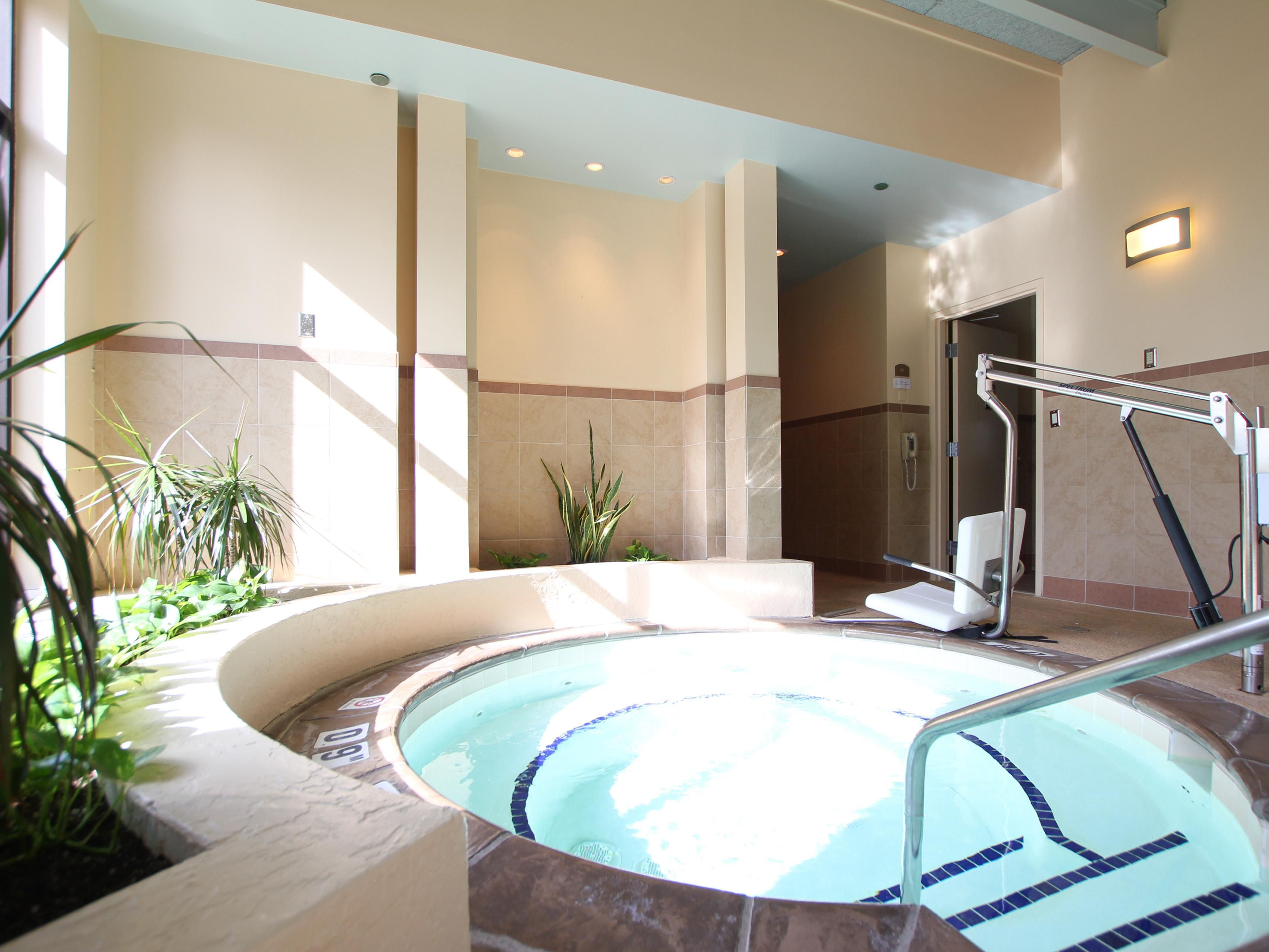 Sit back and relax in our whirlpool at the Holiday Inn Eagan hotel