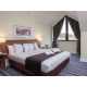 Kingsize Bed in Suite