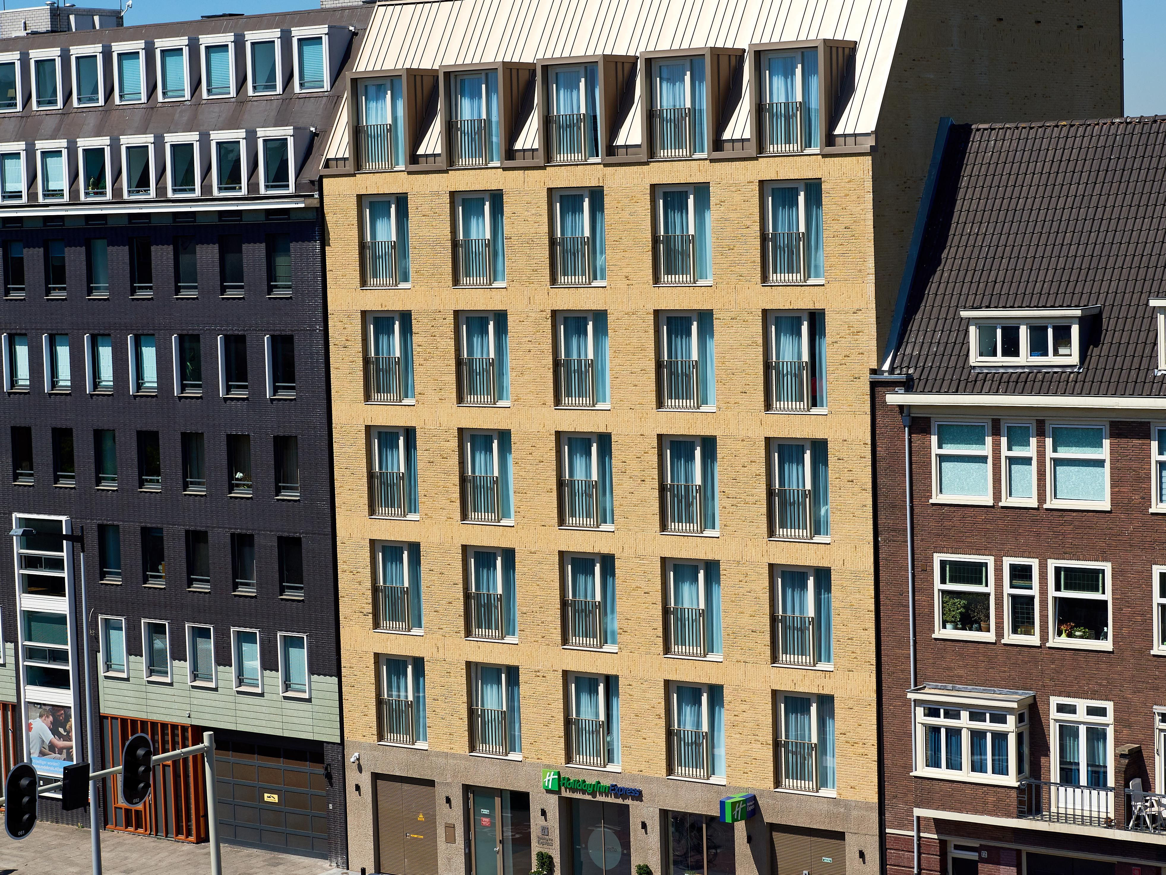 Holiday Inn Express Amsterdam City Hall Hotel In Amsterdam By Ihg