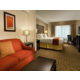 Spacious King Suite w/Living Area, WiFi and Hot Breakfast