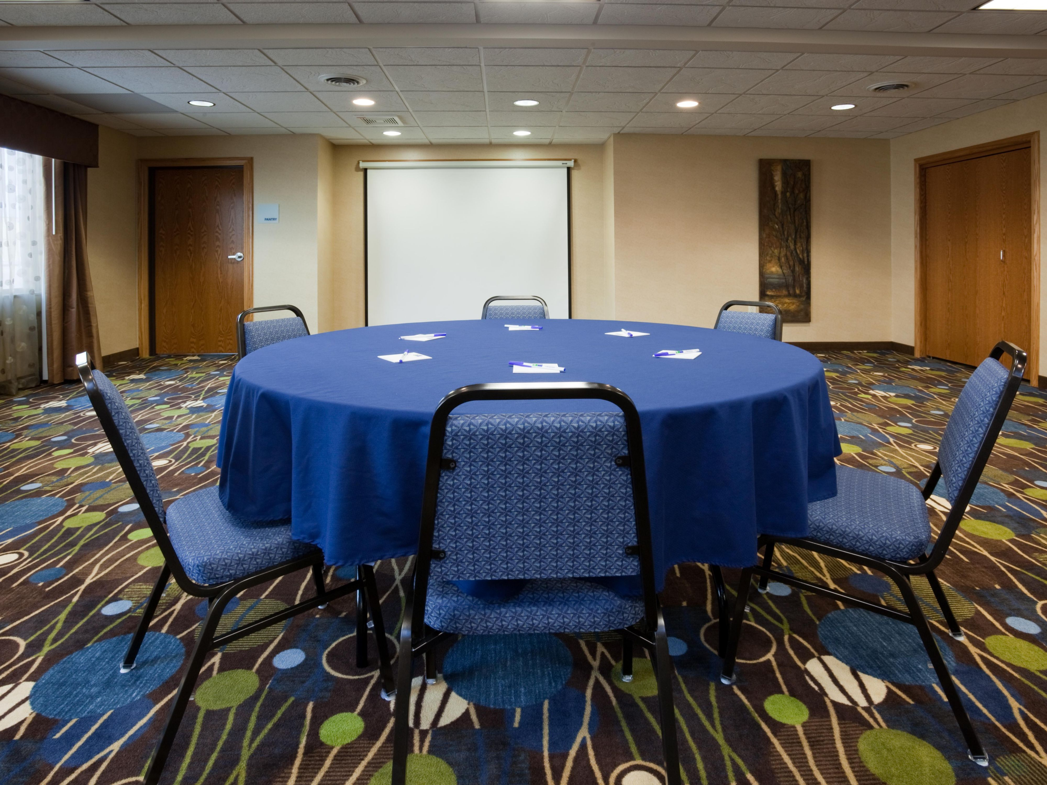 Holiday Inn Express & Suites Antigo Meeting Room
