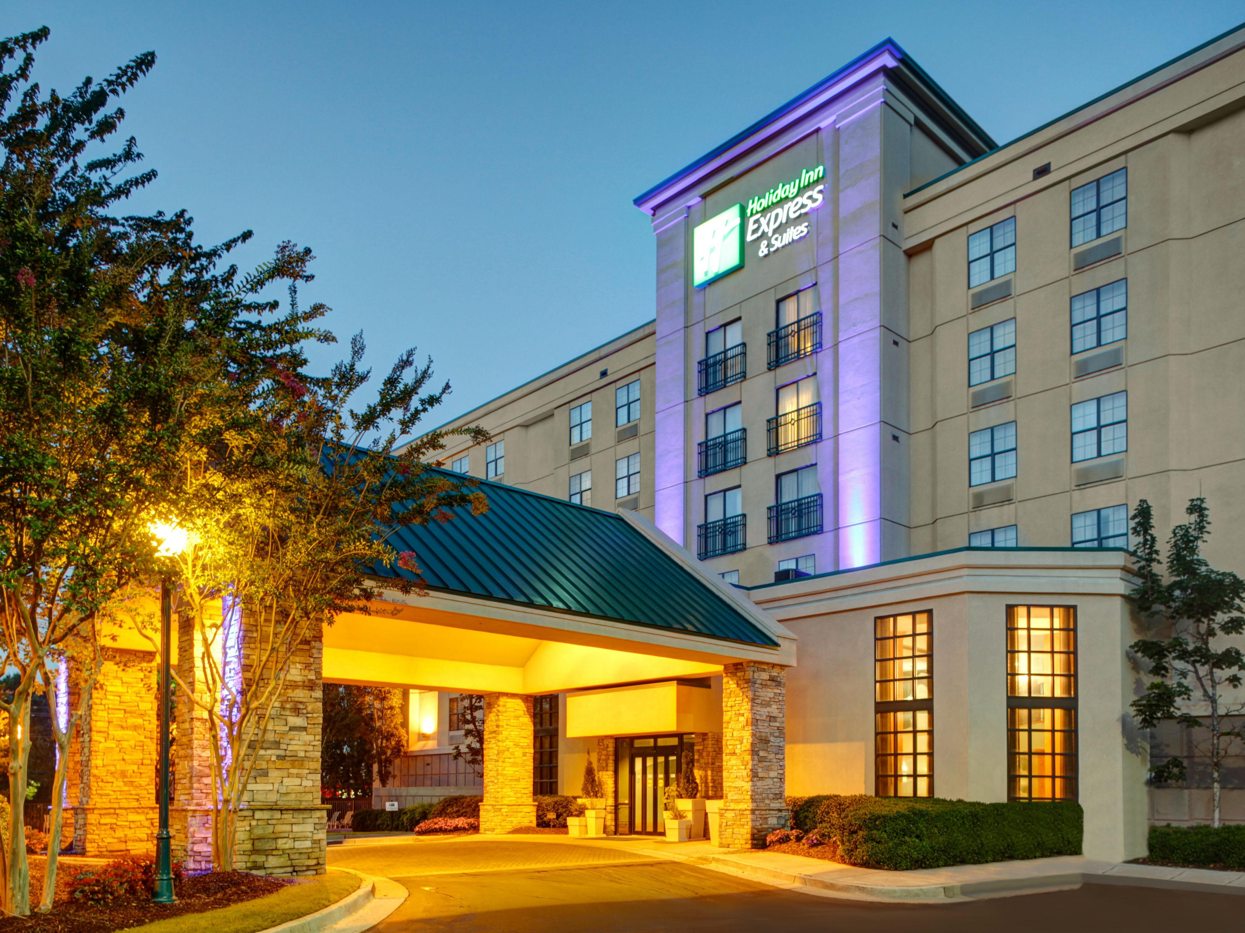Holiday Inn Express Suites Atlanta Buckhead Hotel By Ihg