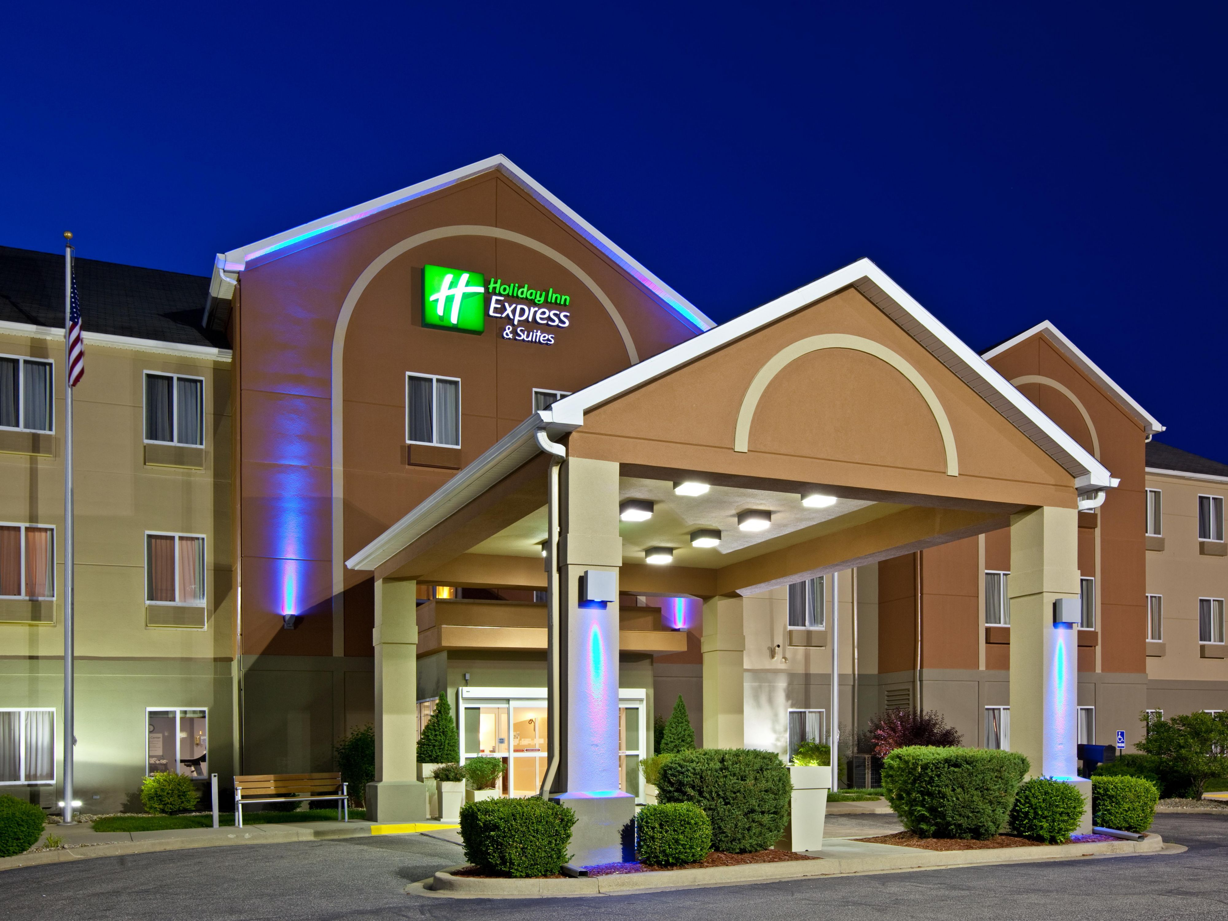 Holiday Inn Express & Suites Bedford Hotel in Bedford by IHG