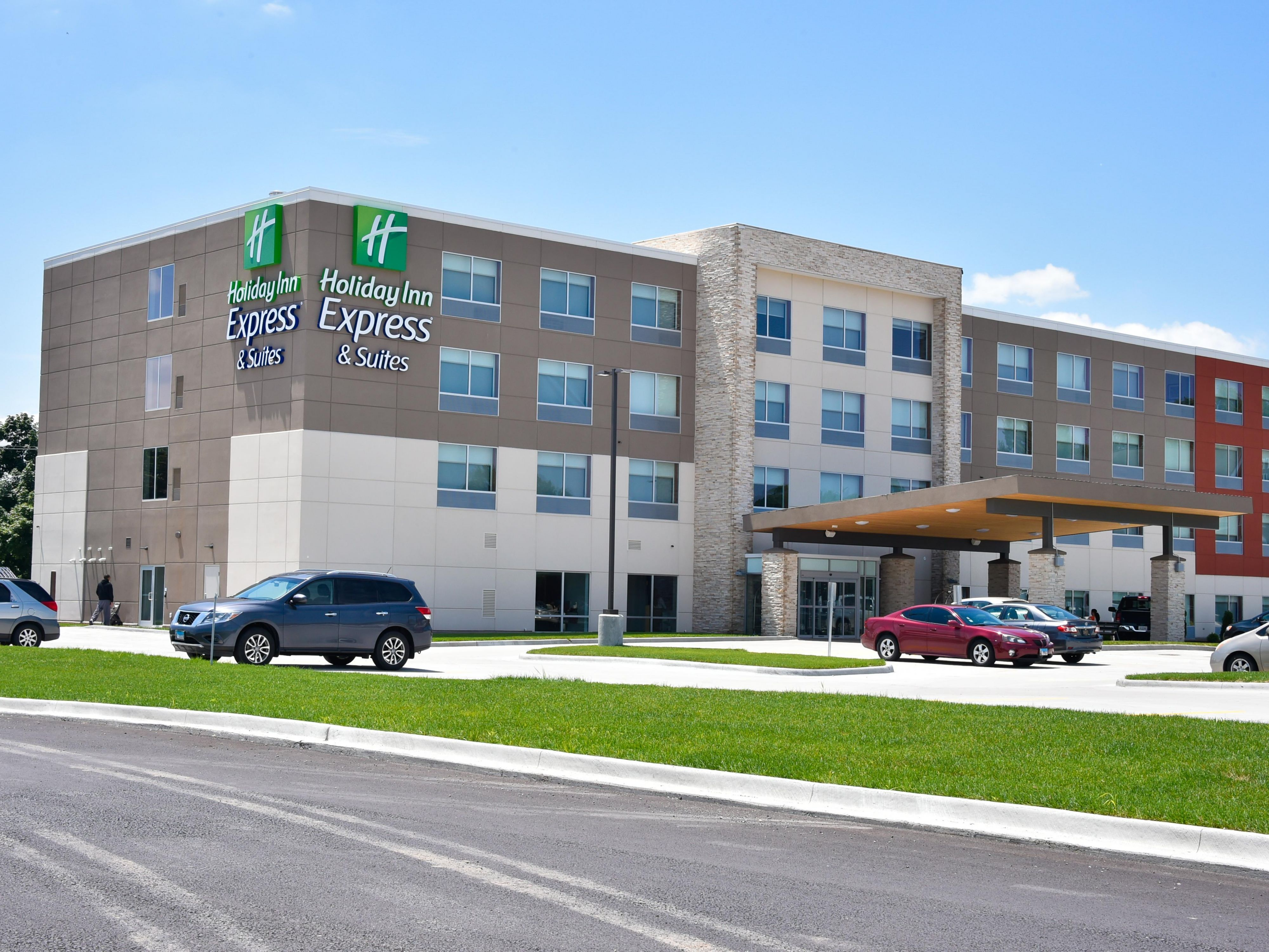 Holiday Inn Express Suites Bensenville O Hare Hotel By Ihg