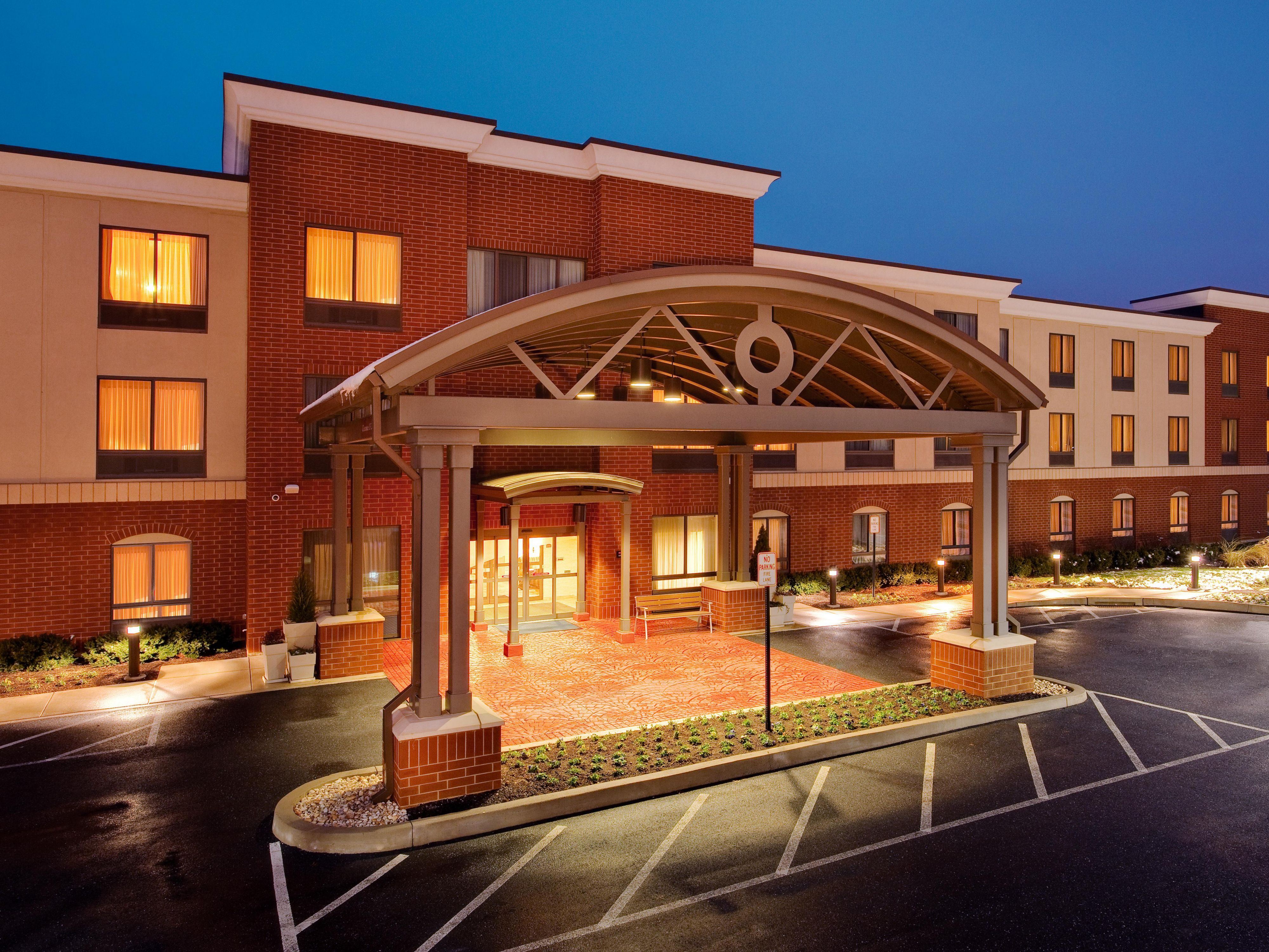 Holiday Inn Express Suites Bethlehem Arpt Allentown Area Hotel In By Ihg