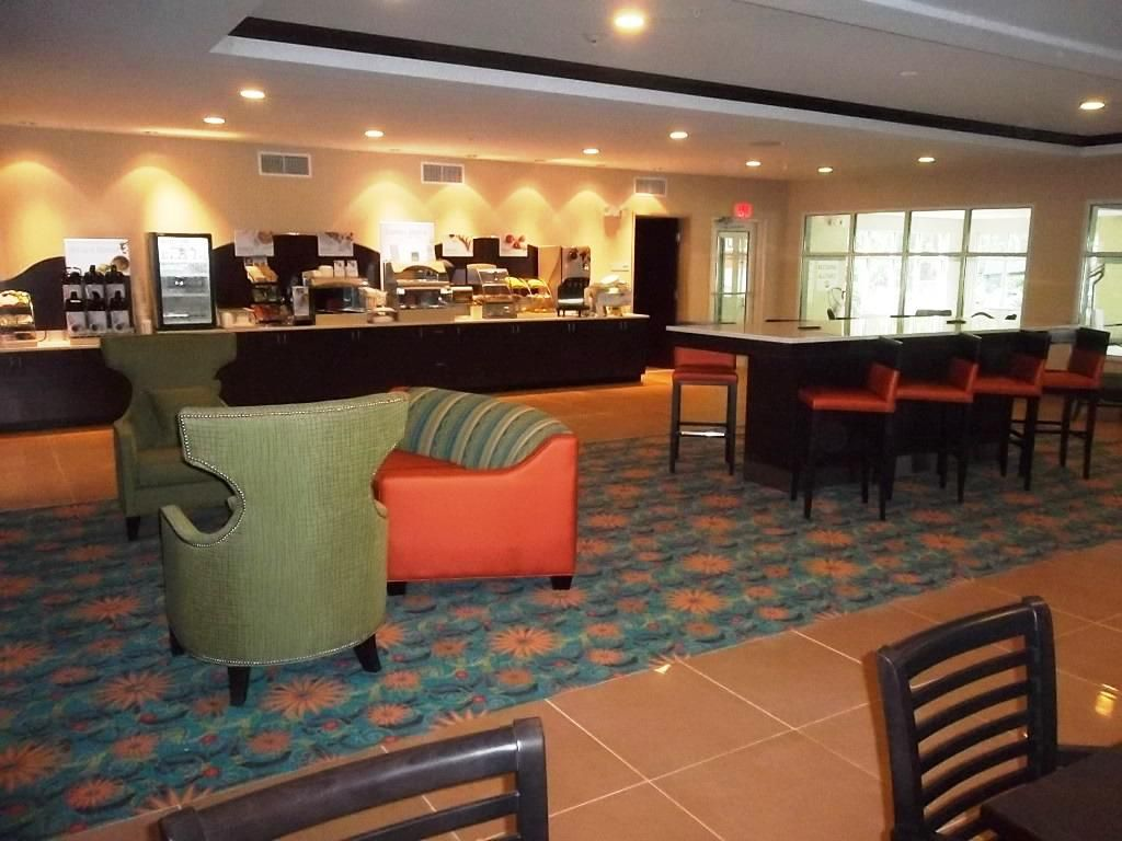 Holiday Inn Express Southport NC Oak Island NC Breakfast Bar