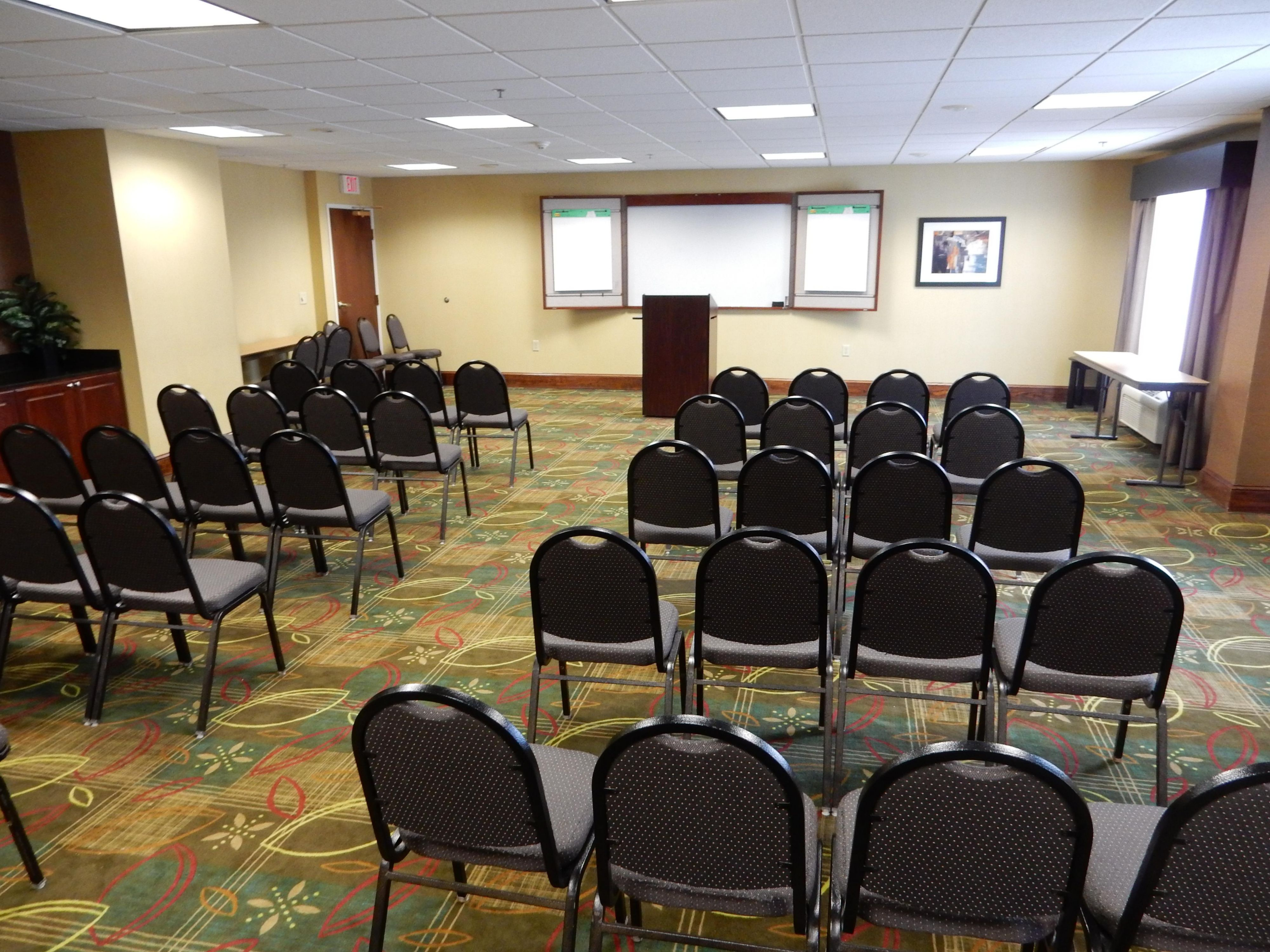 Large Meeting Room- Holiday Inn Express Buford-Mall Of GA