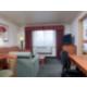 Queen Guest Room Feature