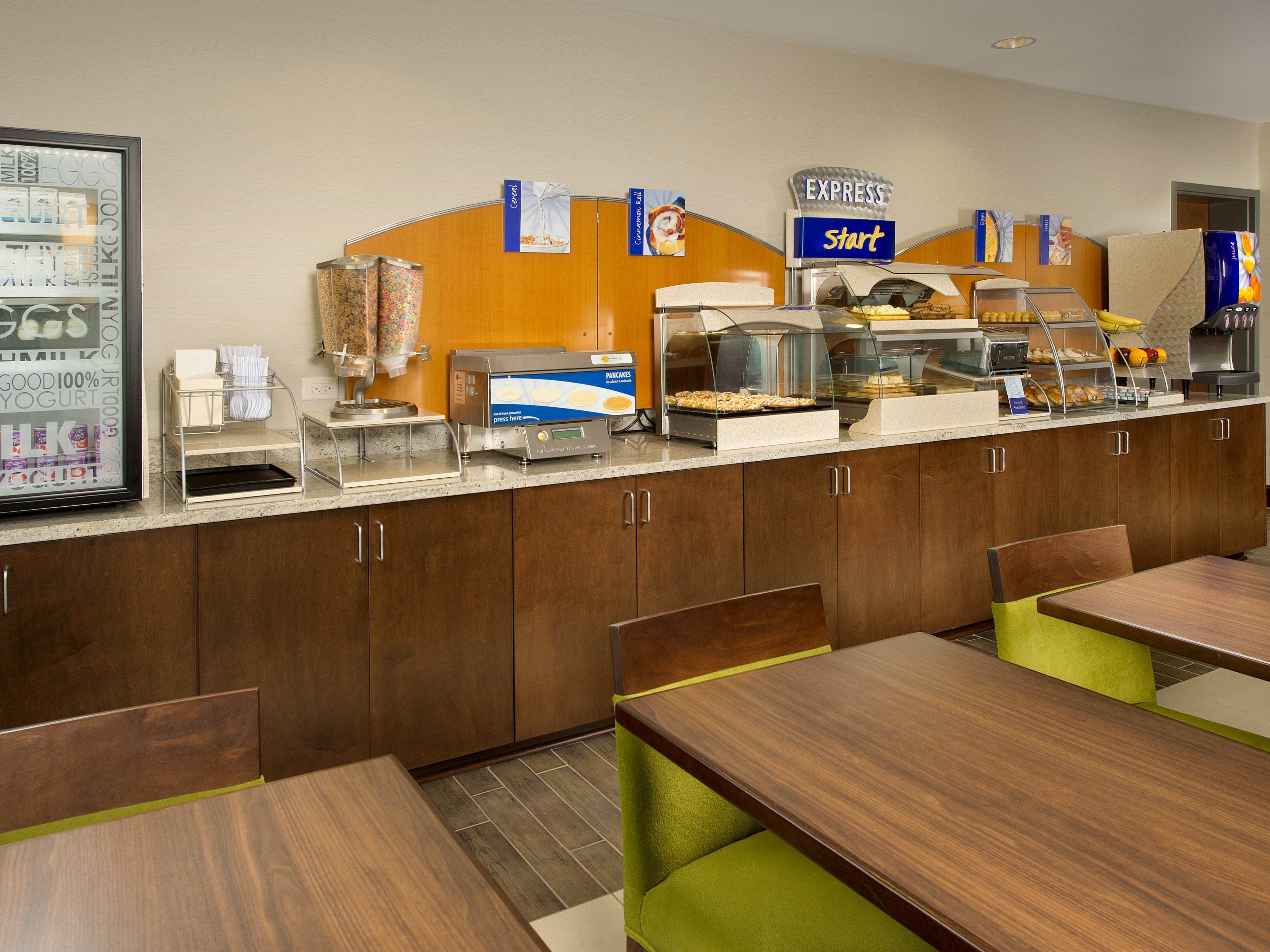 Holiday Inn Express Amp Suites Caryville Hotels