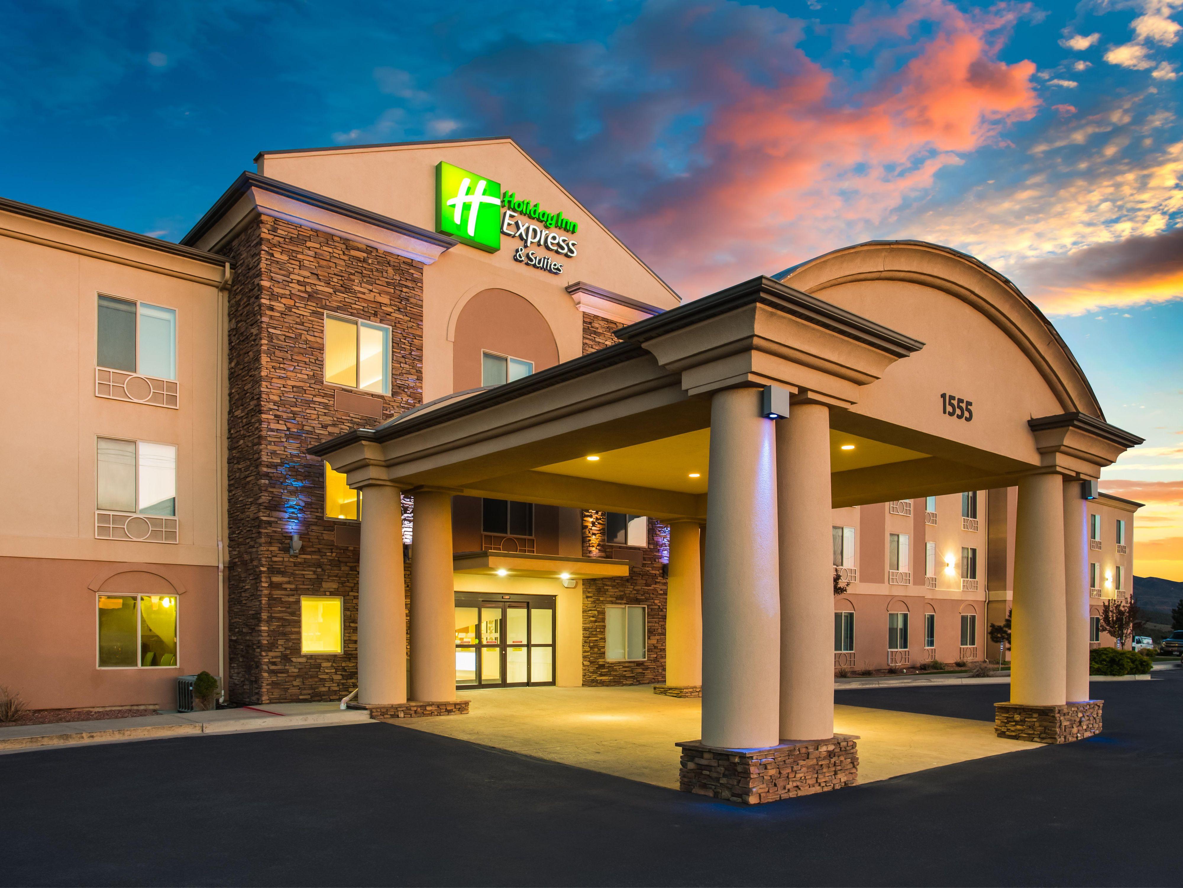 Holiday Inn Express & Suites Cedar City Hotel by IHG
