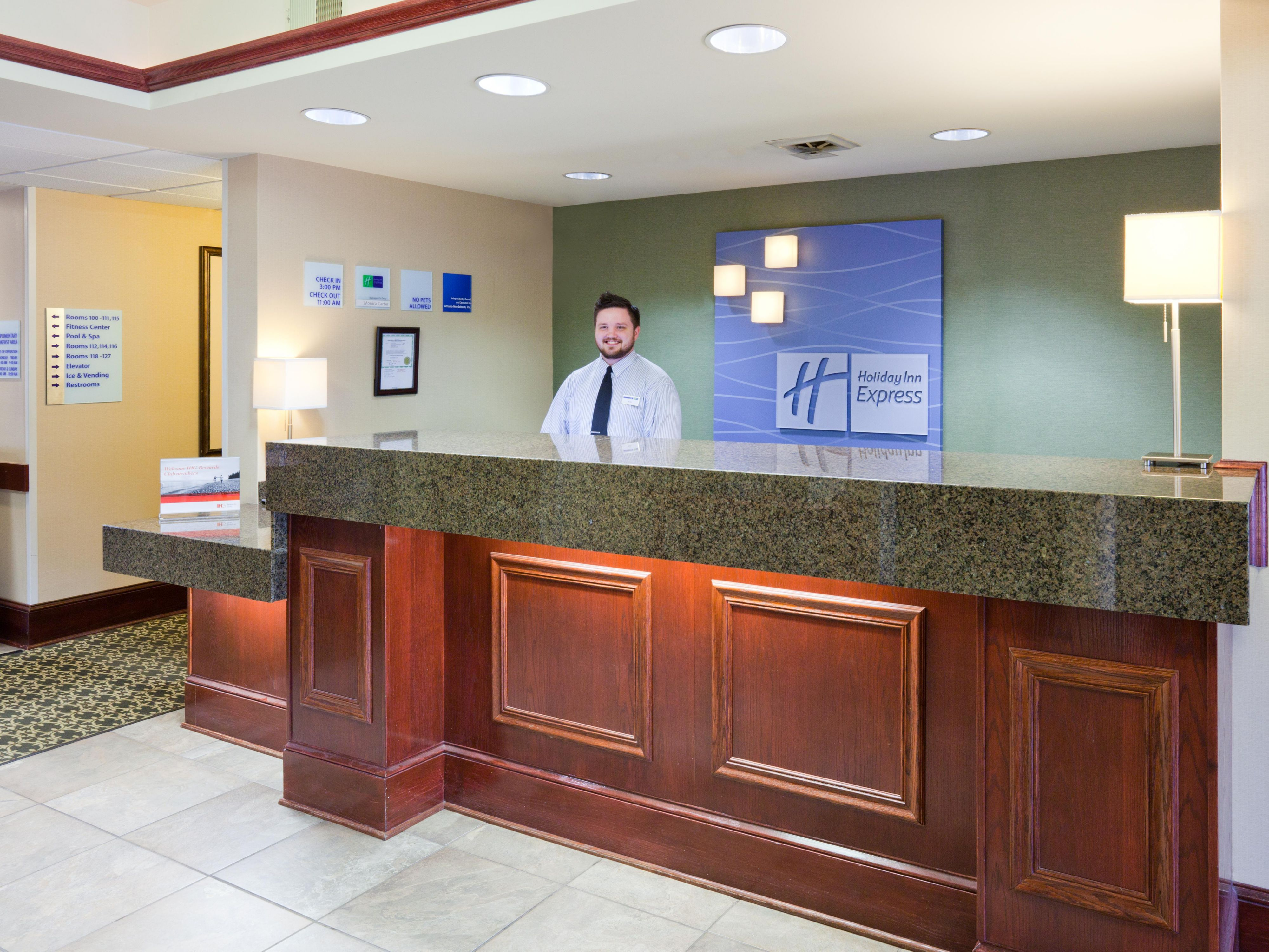 Welcome to the Holiday Inn Express & Suites Cedar Rapids (Kris)