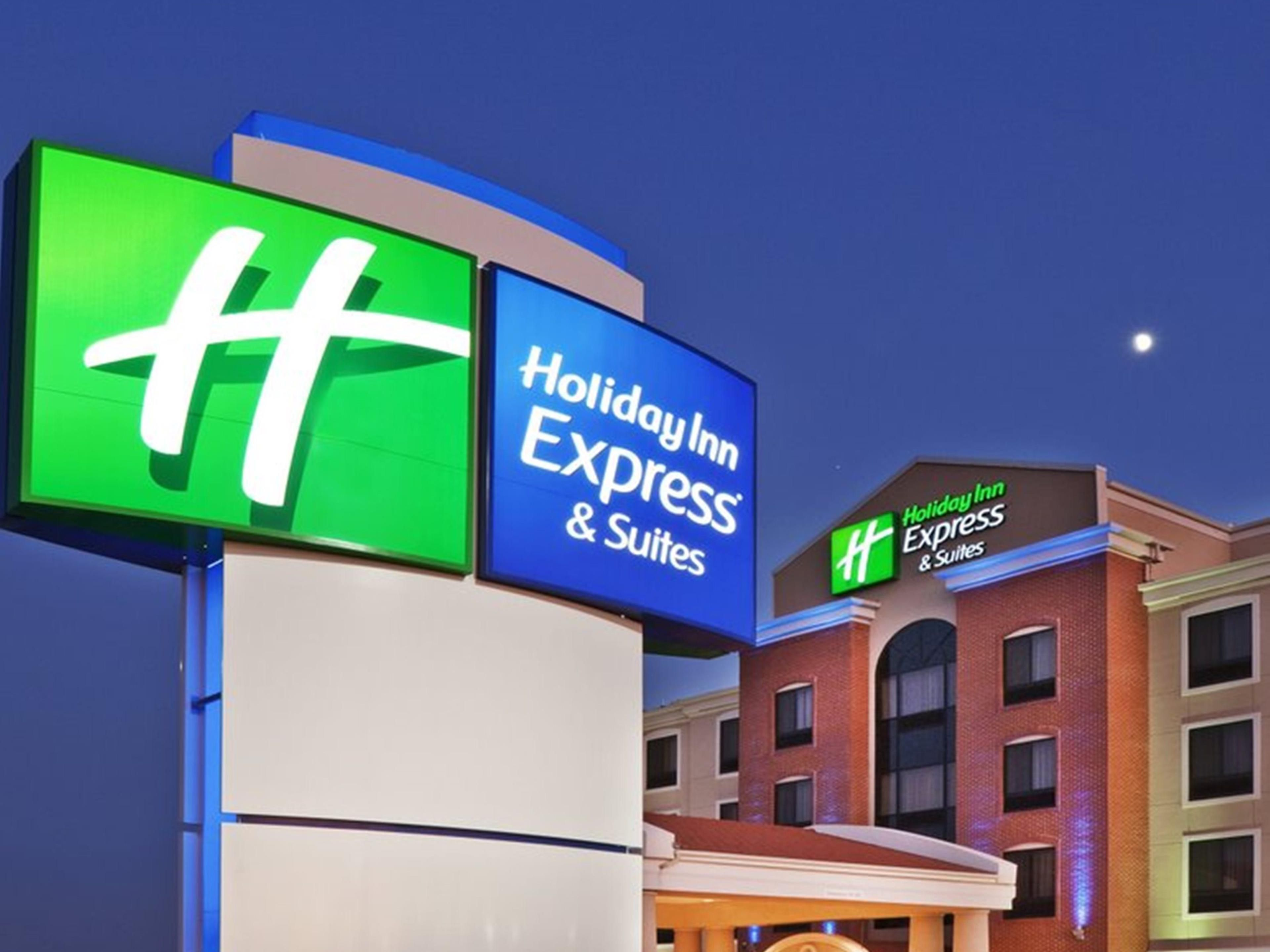 Holiday Inn Express Suites Chalmette New Orleans S Hotel In By Ihg