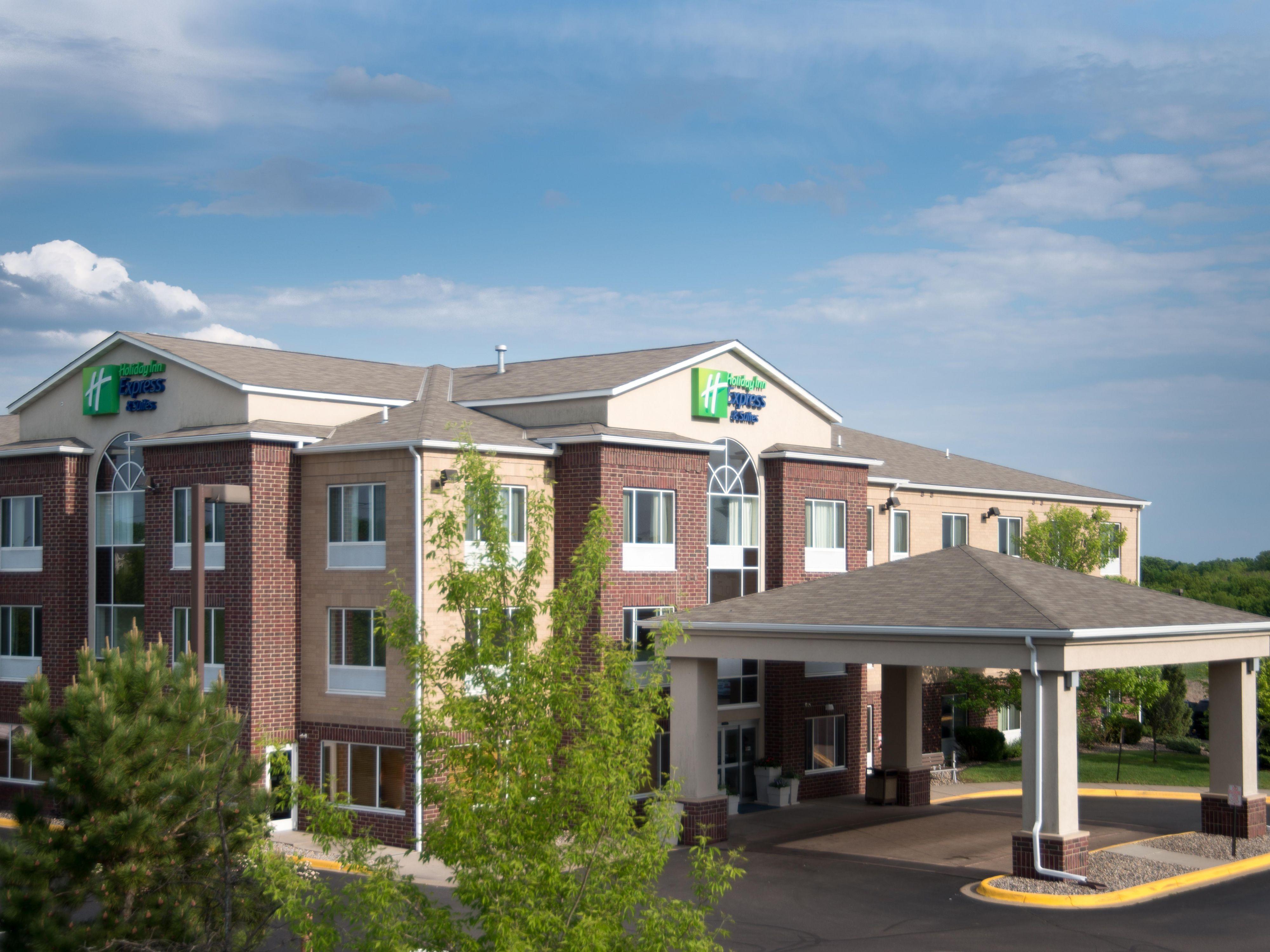 Holiday Inn Express Suites Chanhen In Shako Minnesota