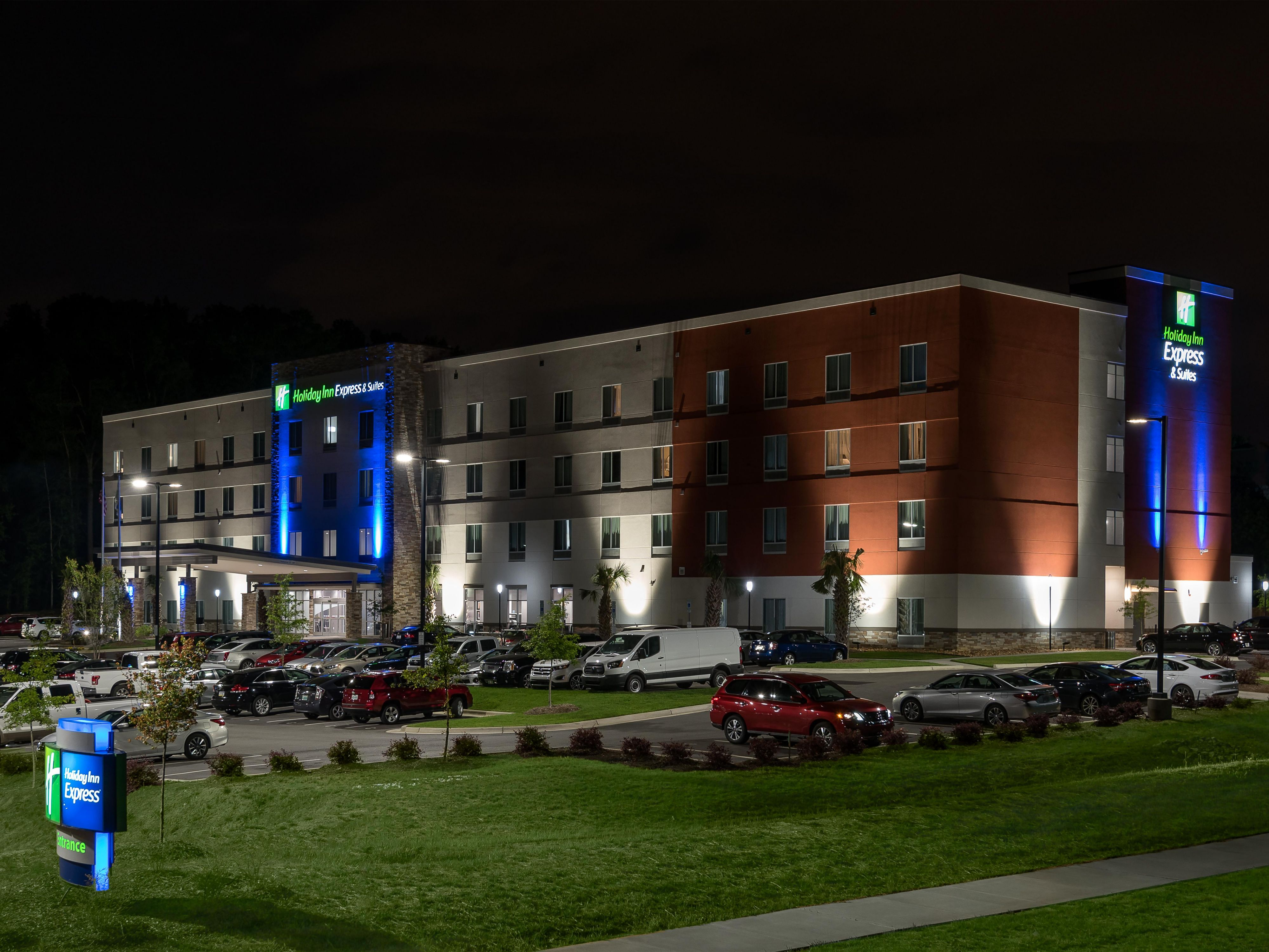 Holiday Inn Charlotte Airport Hotel In Nc